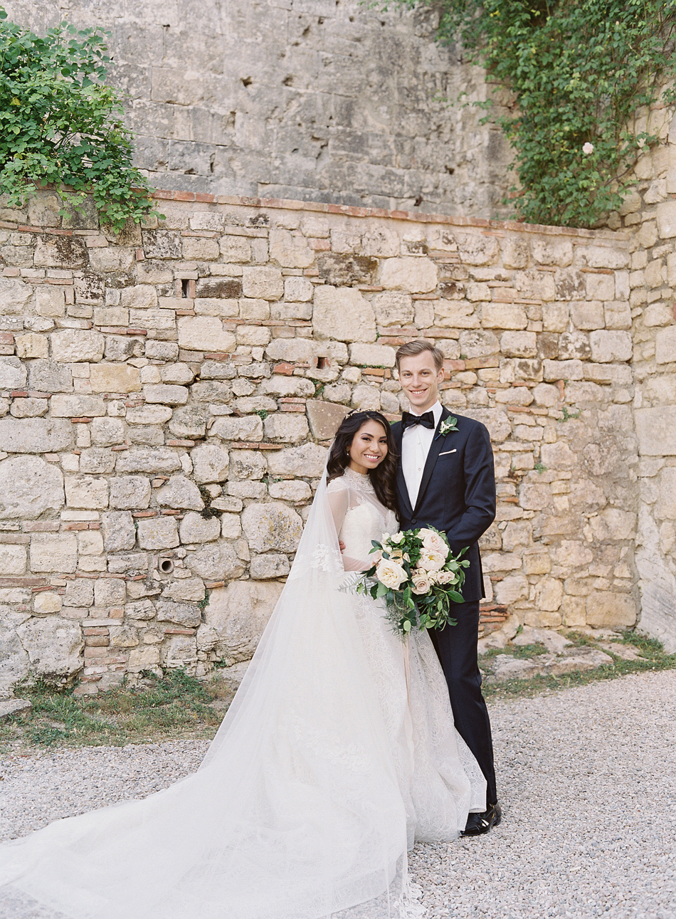 This Couple Chose a Soft Color Palette for Their Elegant Wedding in Tuscany