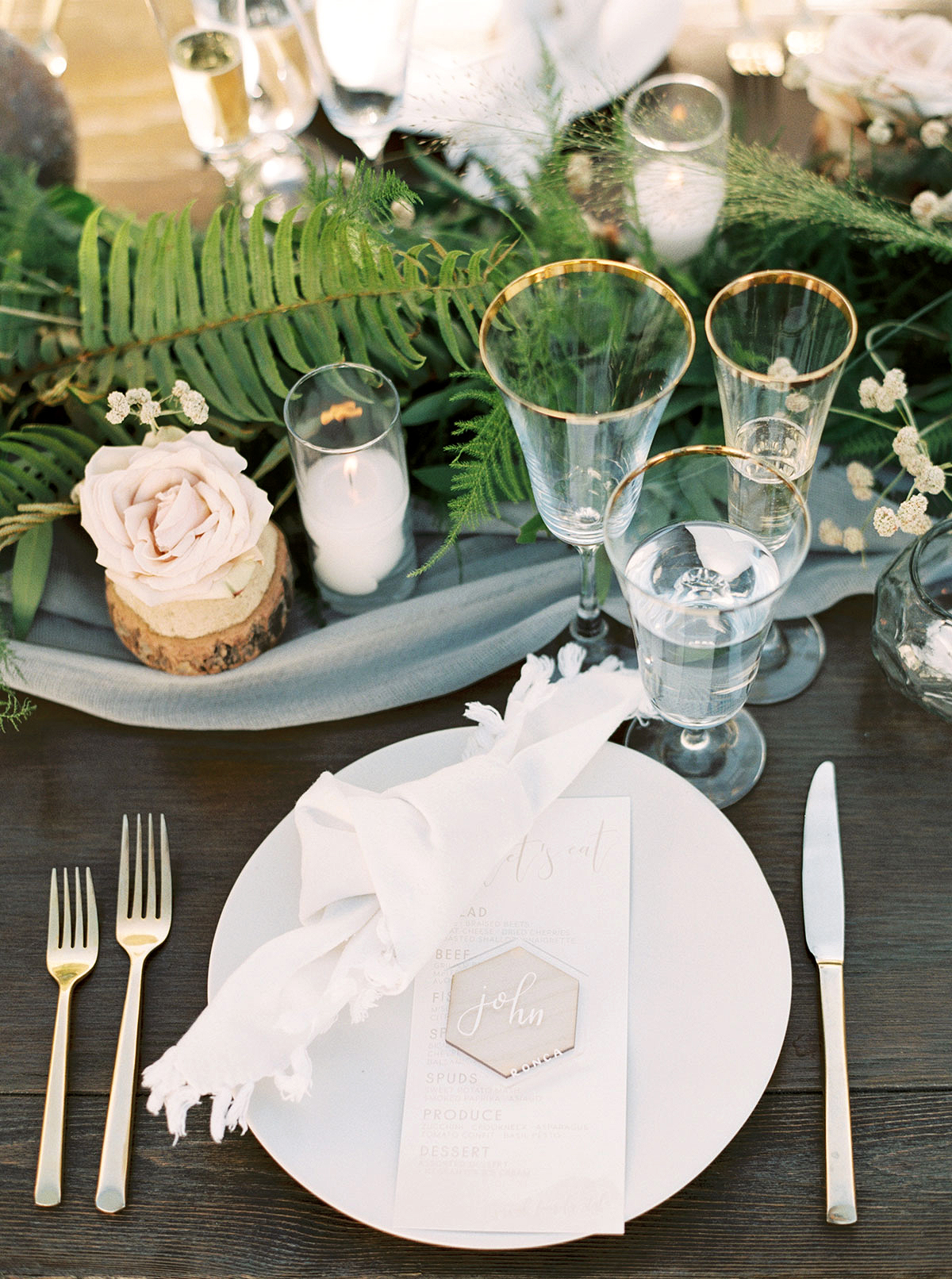 jena donny wedding placesetting tablescape centerpieces