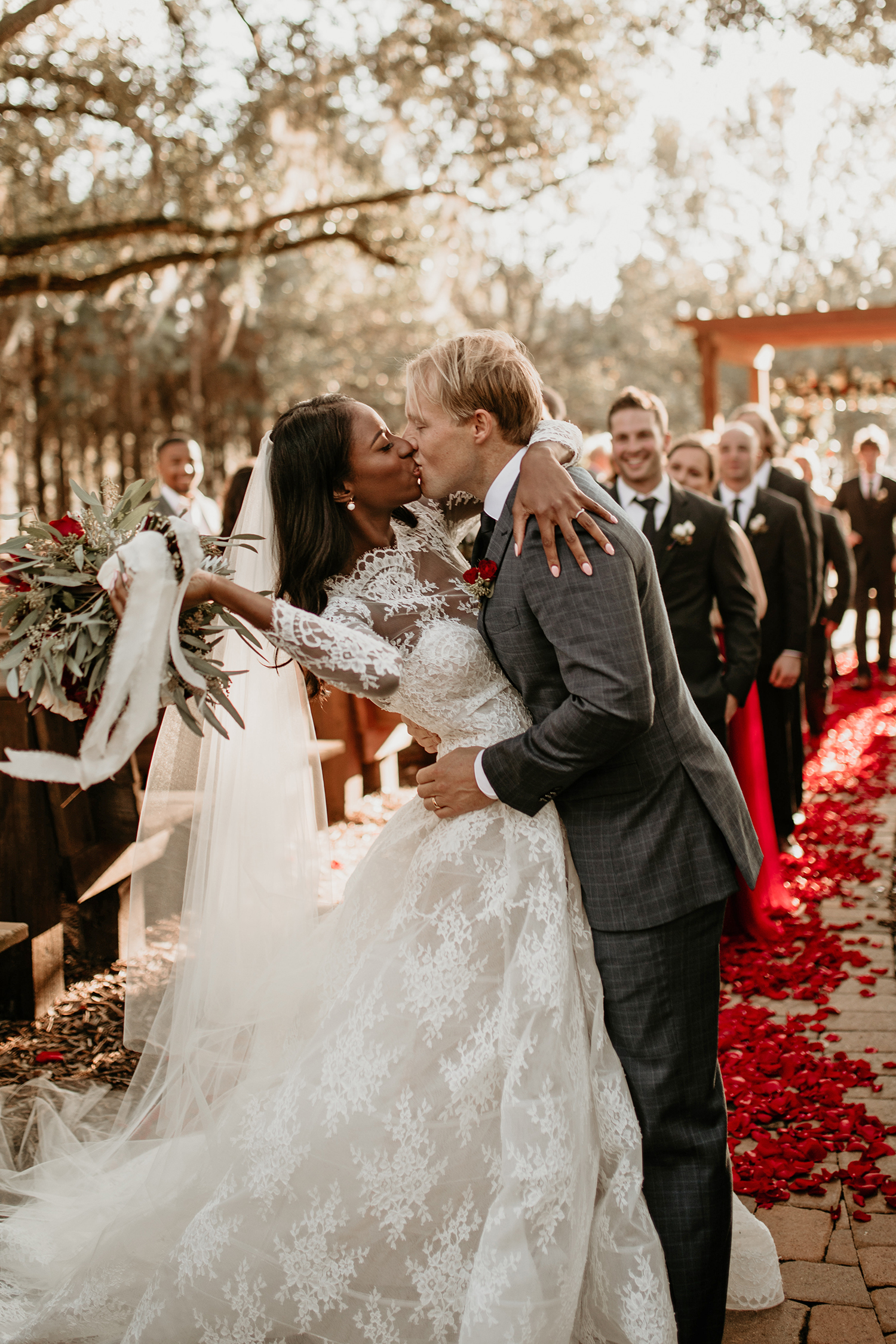 aerielle dyan wedding kiss