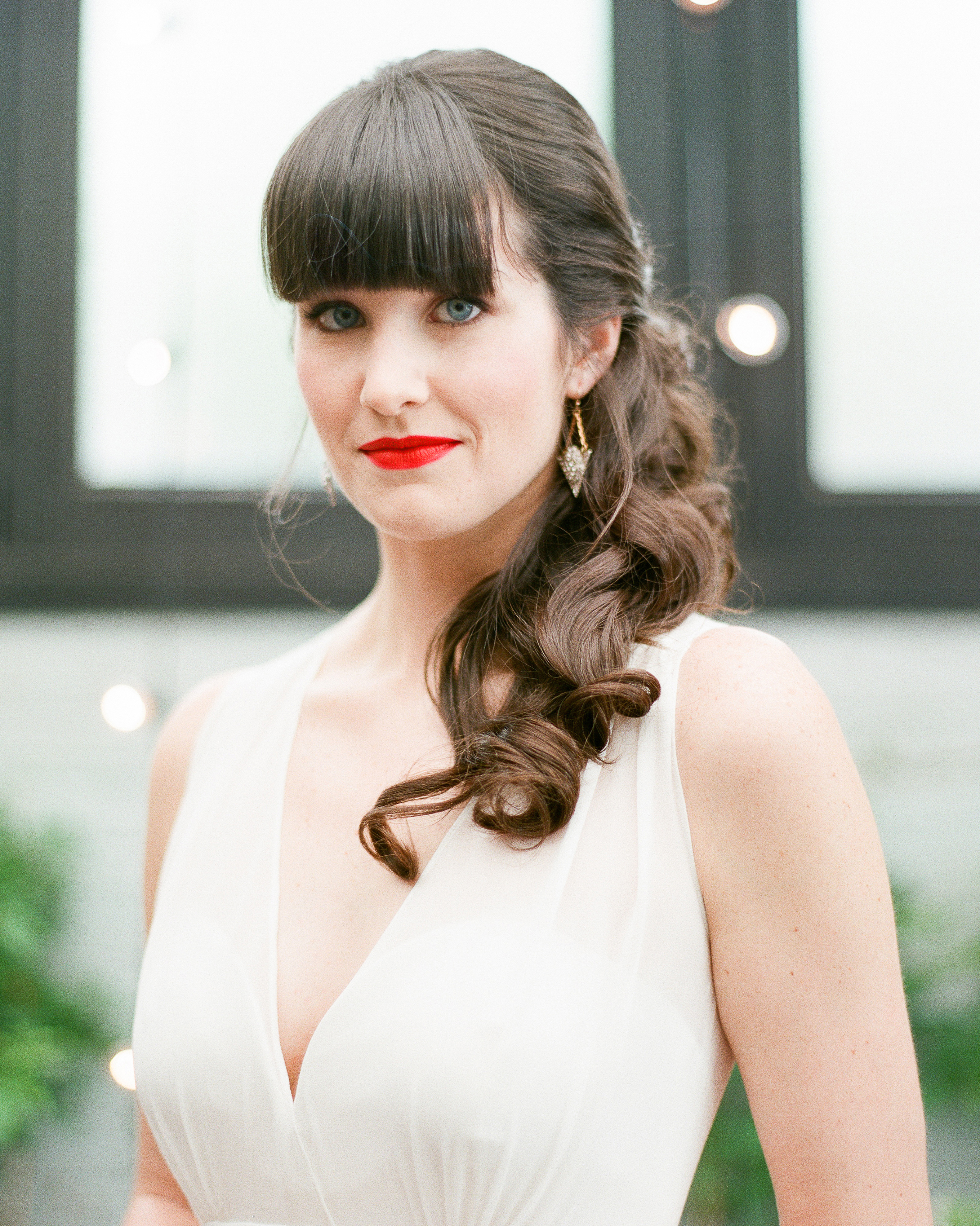 How to Make Your Red Lipstick Last from Ceremony to Reception