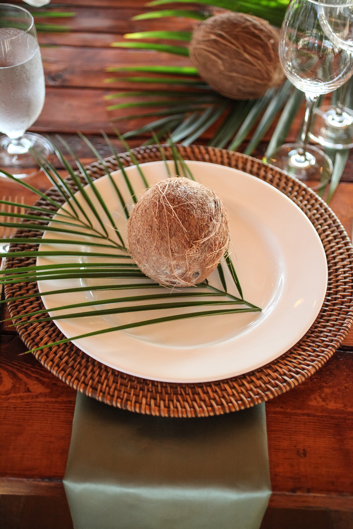areca palm and small coconut place setting accent decor