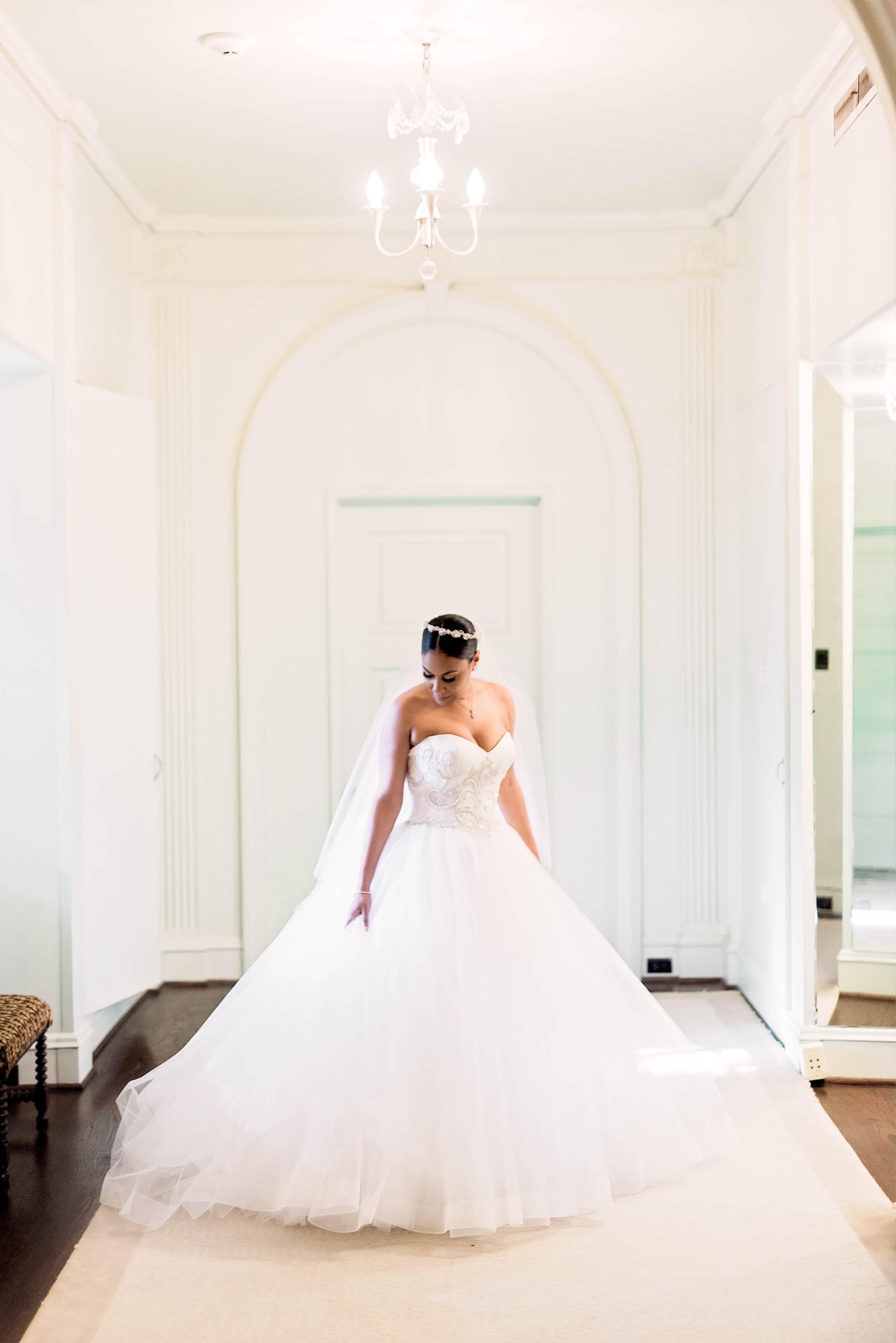 ballgown wedding dress with sweetheart neckline