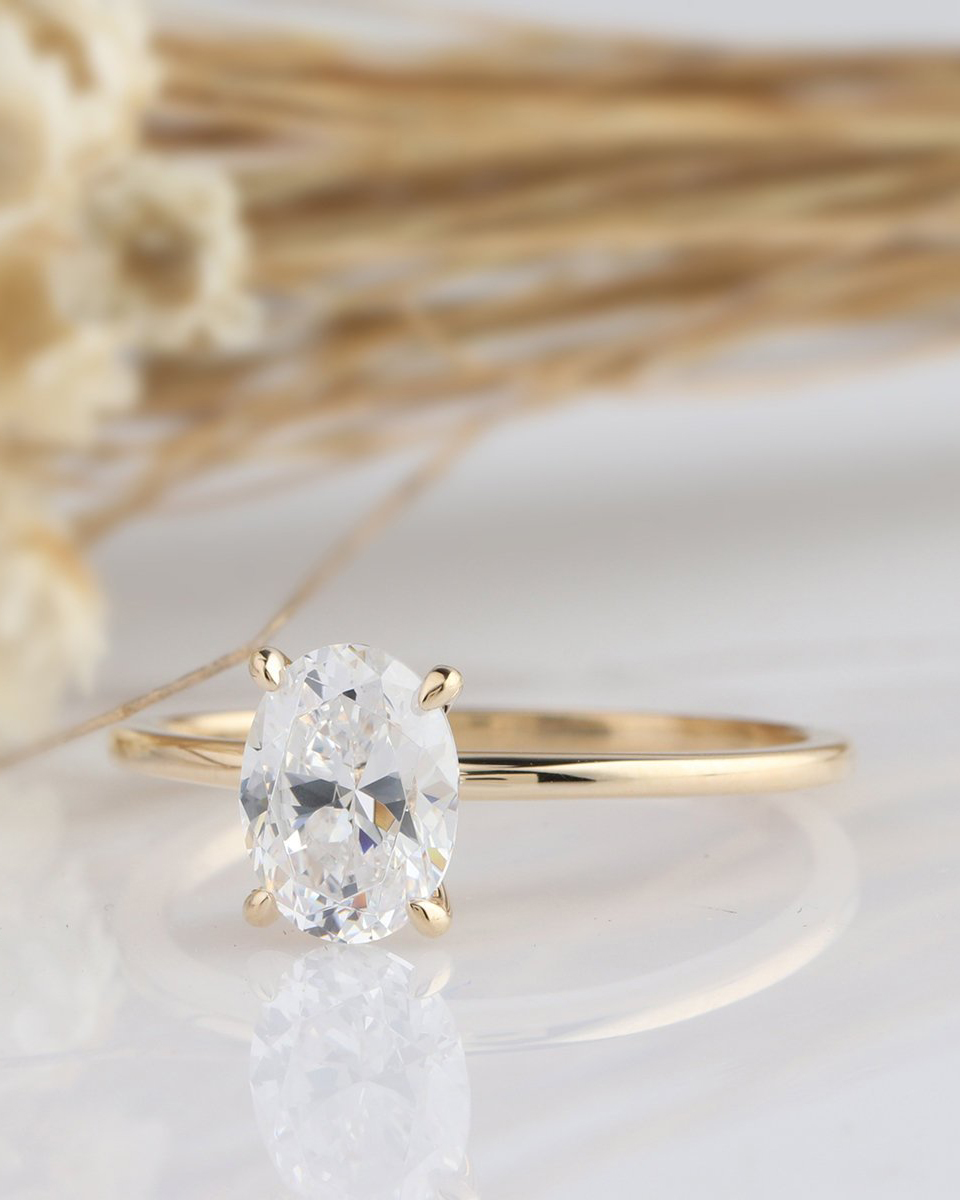 Yeefvm Moissanite Engagement Ring