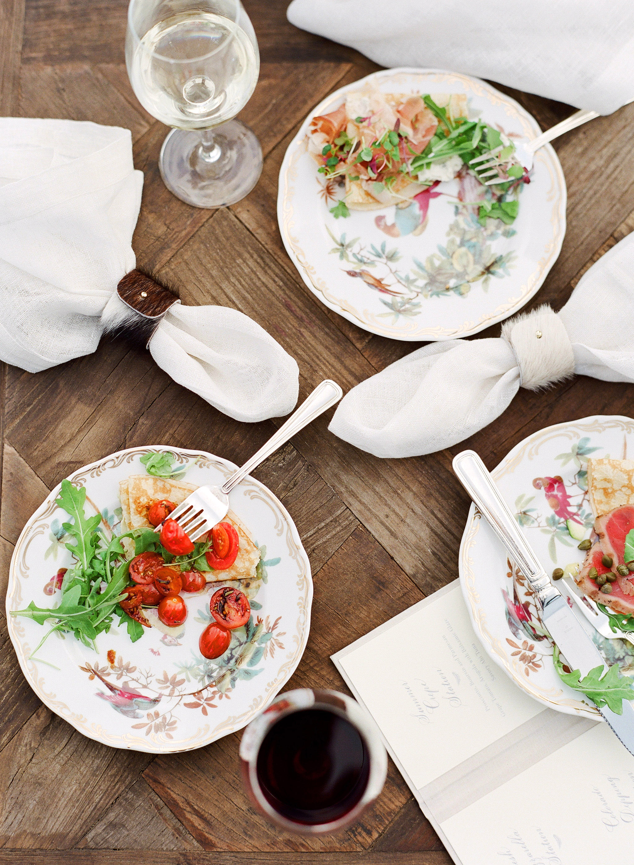 Why Do Some Wedding Caterers Hold Group Food Tastings?