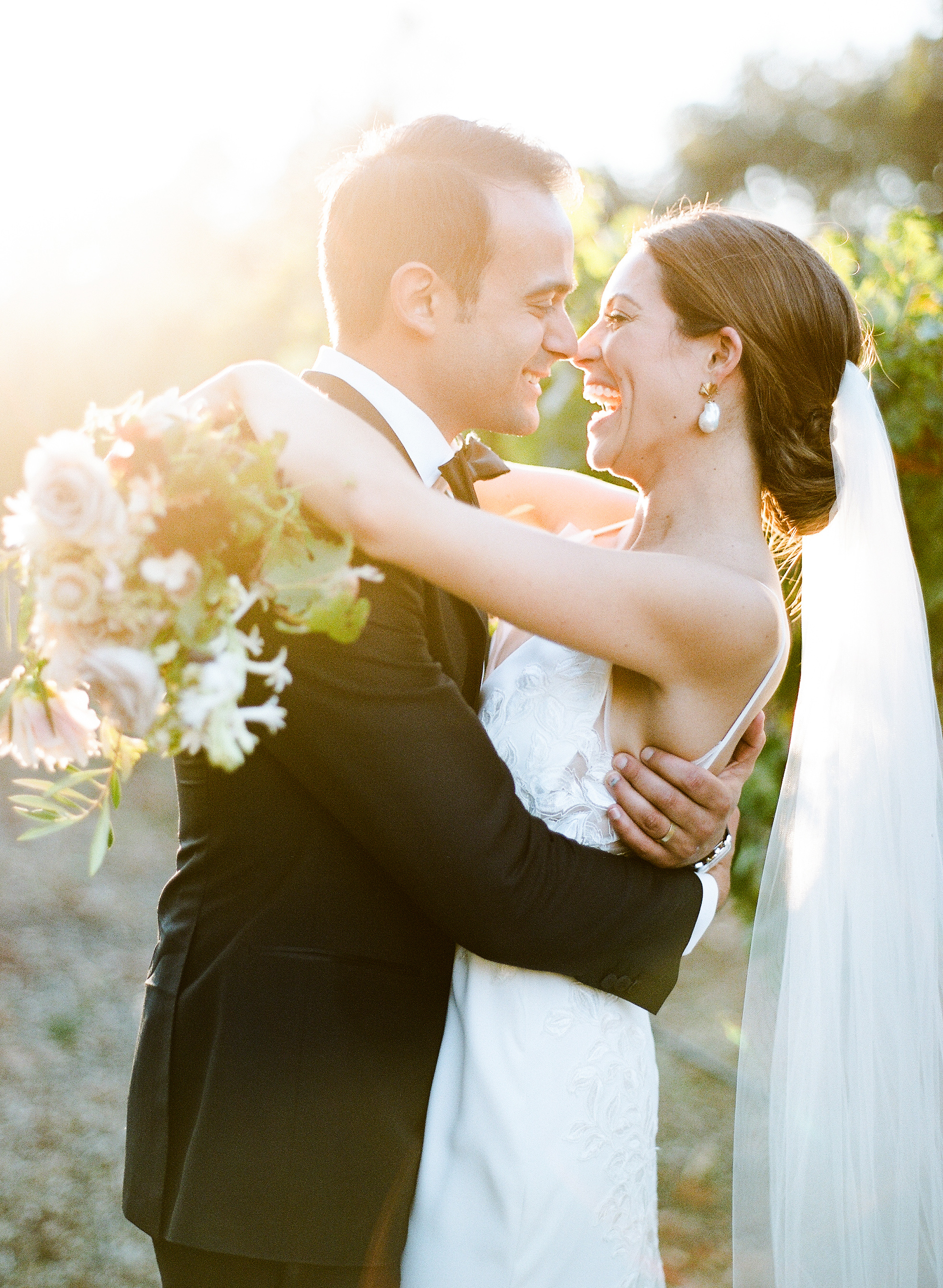 Your Comprehensive Guide to the Most Popular Wedding Photography Styles
