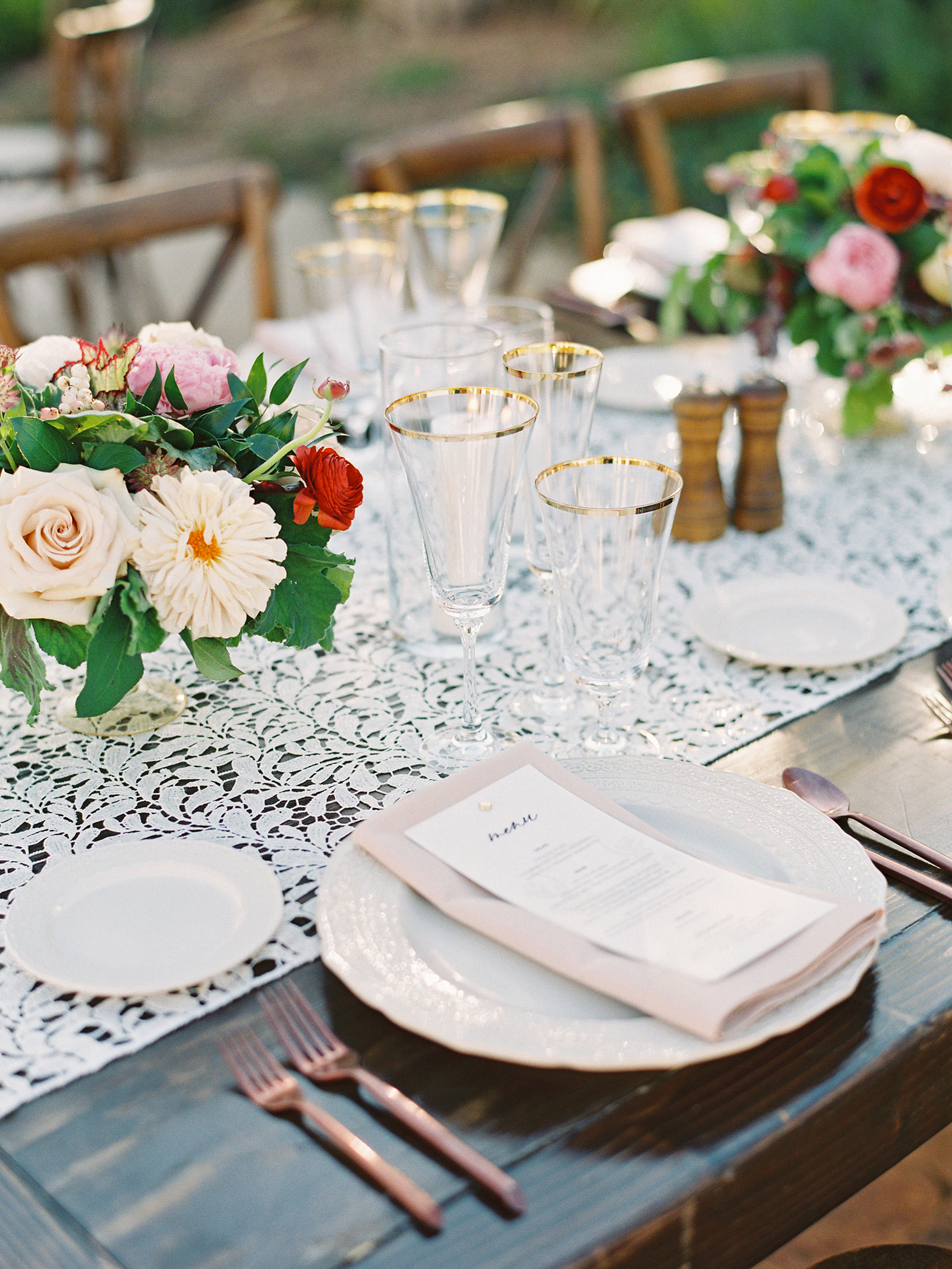 dianna amar wedding place setting