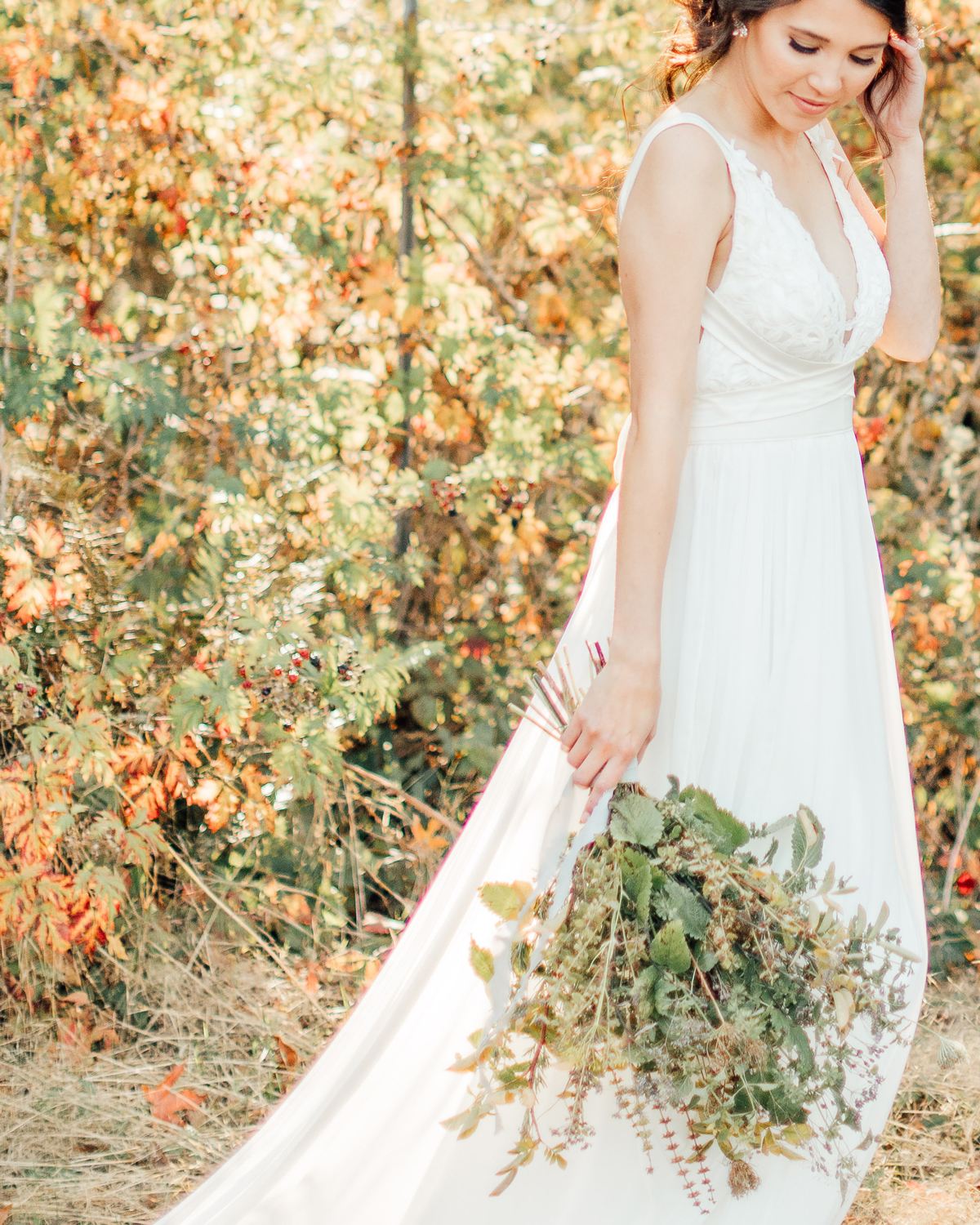 dried long stemmed floral fall wedding bouquet