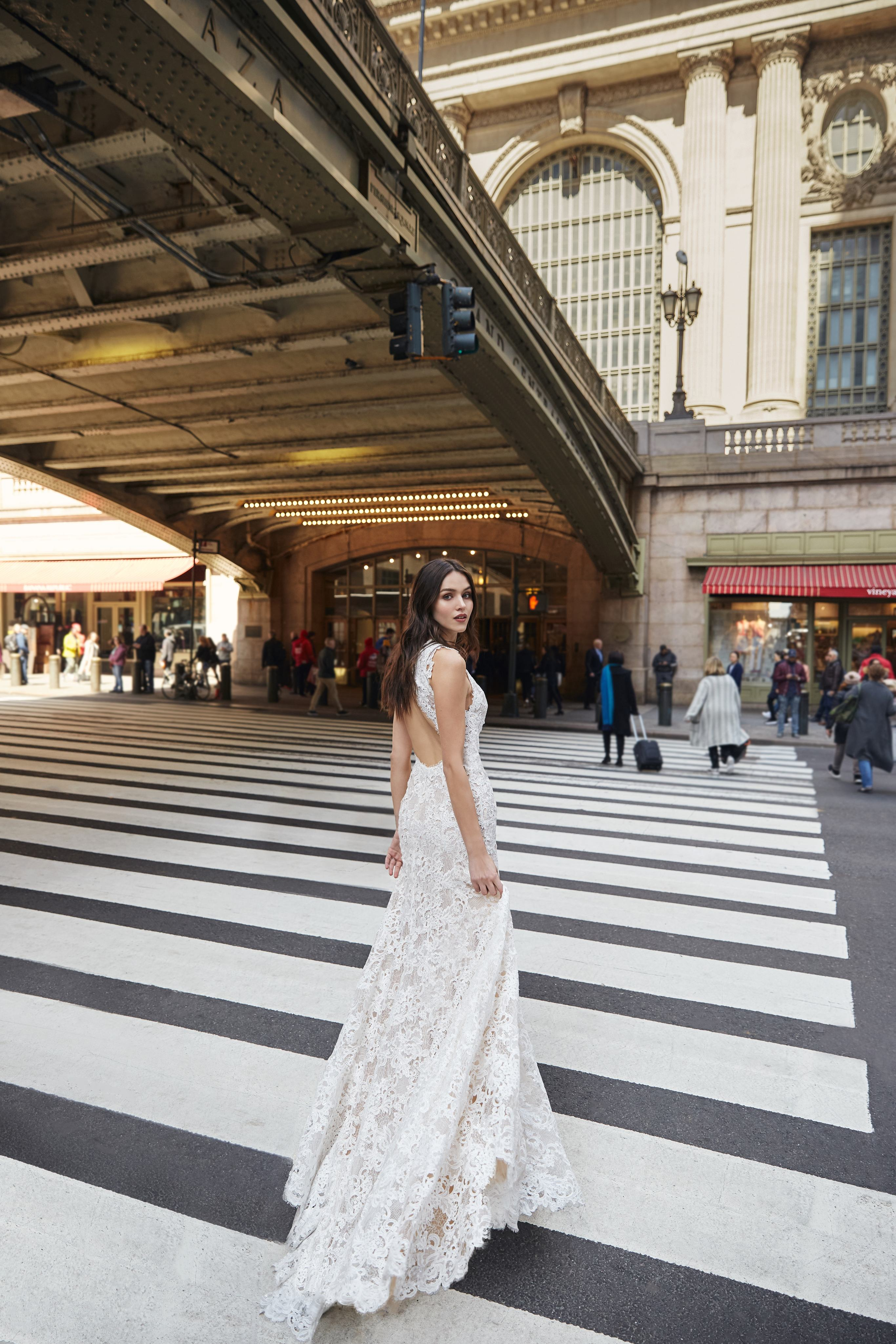 monique lhuillier bliss trumpet lace overlay wedding dress spring 2020
