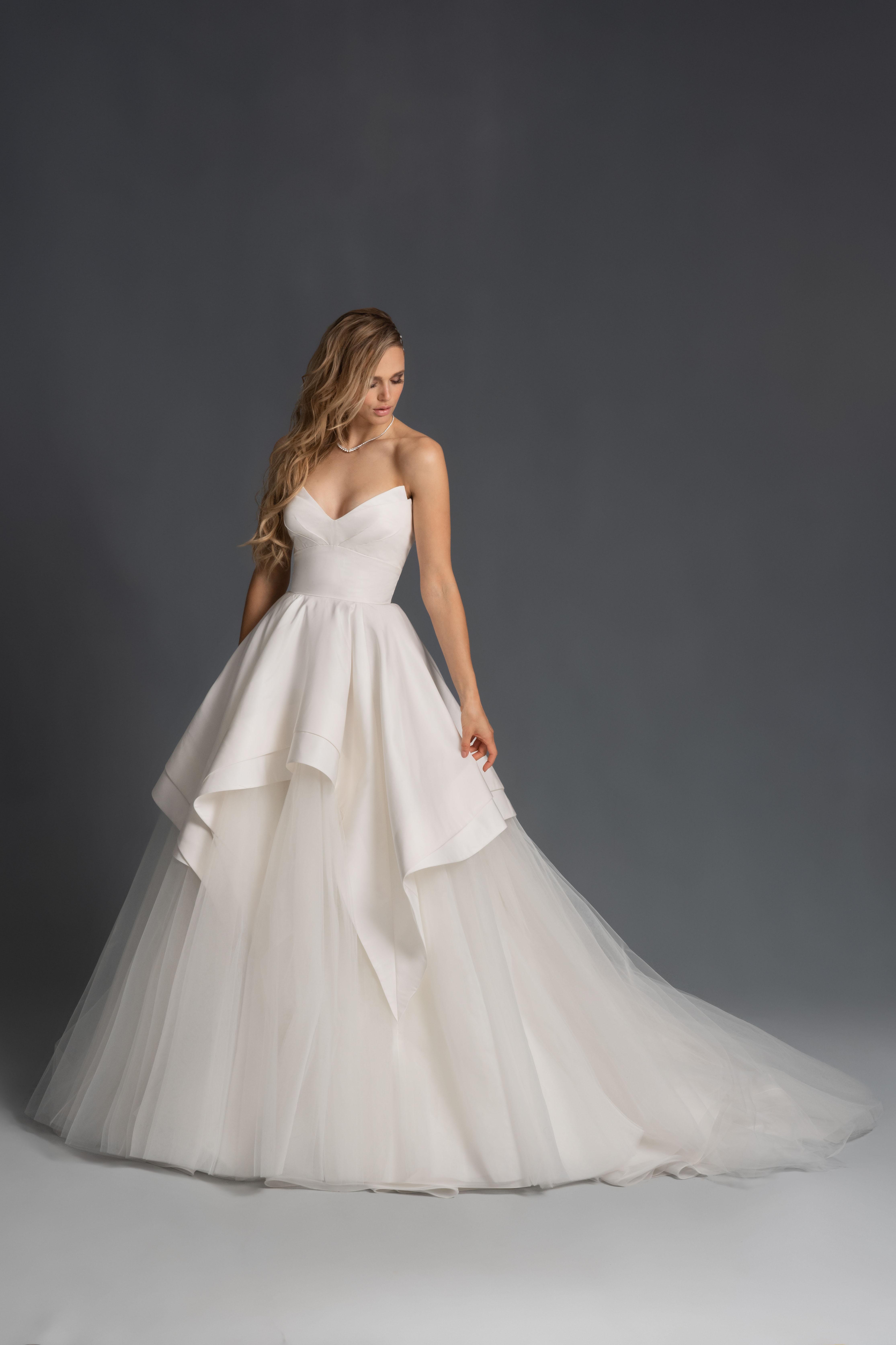 strapless v-neck tulle skirt a-line wedding dress Hayley Paige Spring 2020