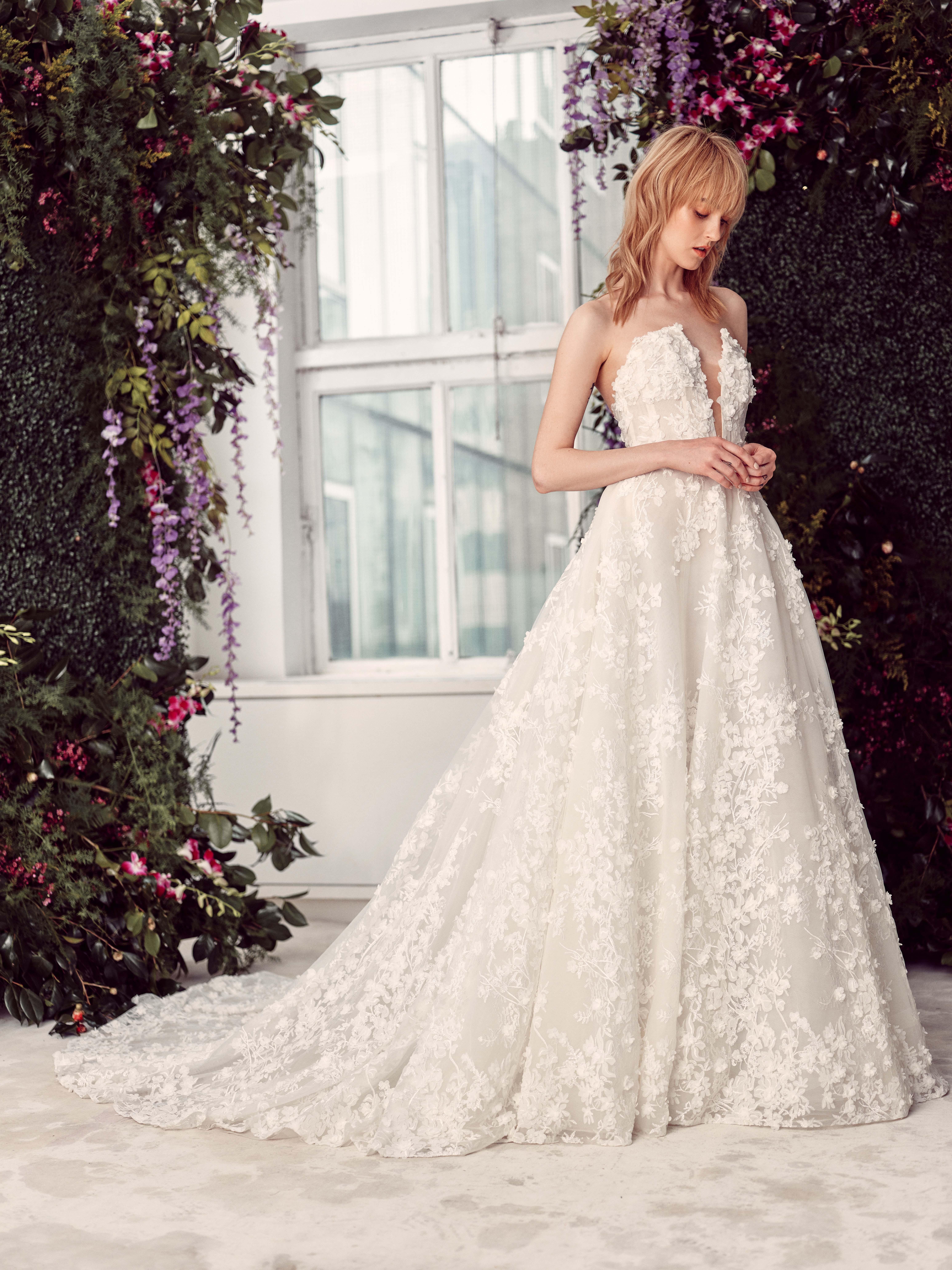 strapless plunging v-neck floral applique a-line wedding dress Rivini by Rita Vinieris Spring 2020