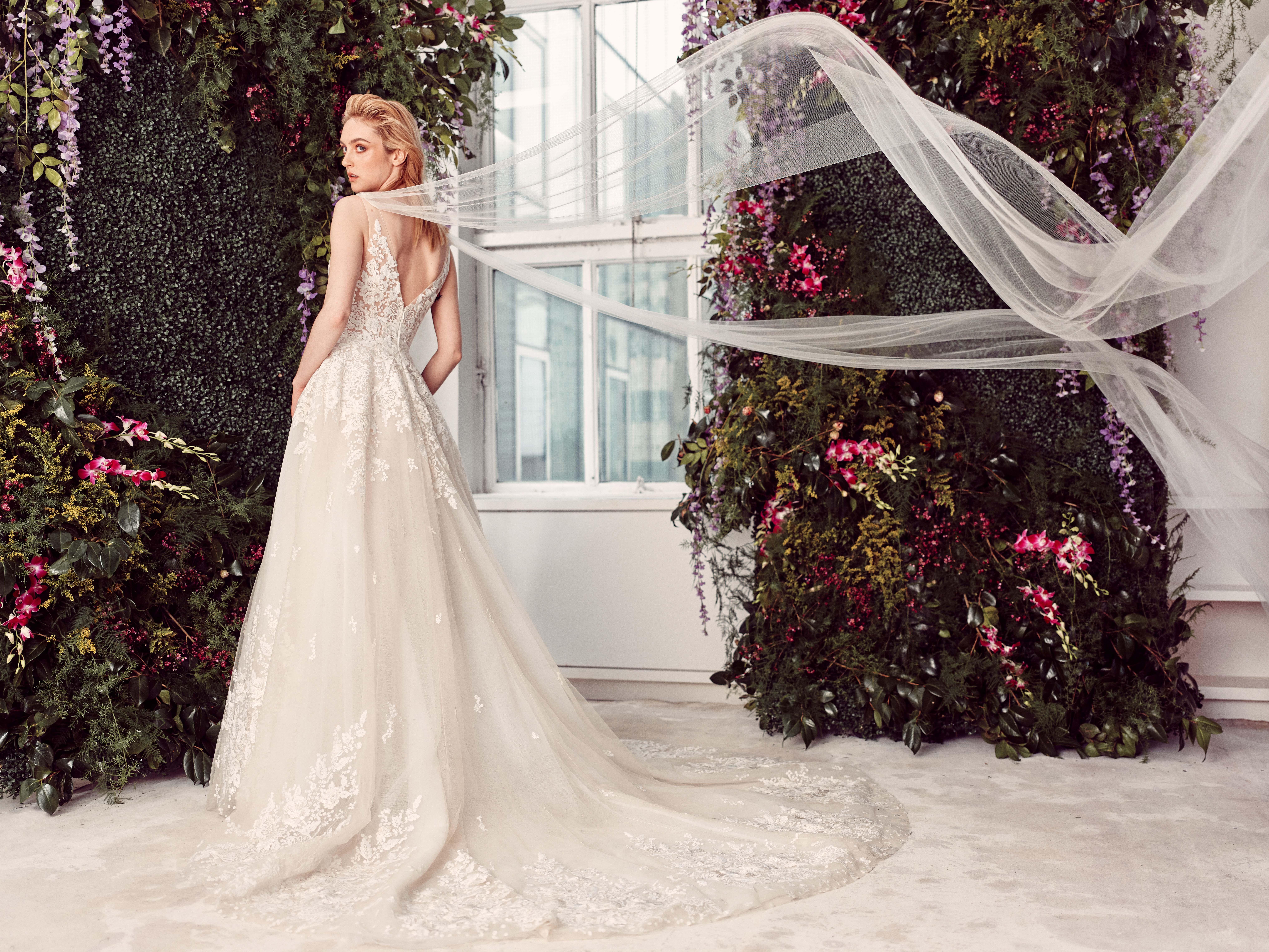 sleeveless lace tulle train a-line wedding dress Rivini by Rita Vinieris Spring 2020