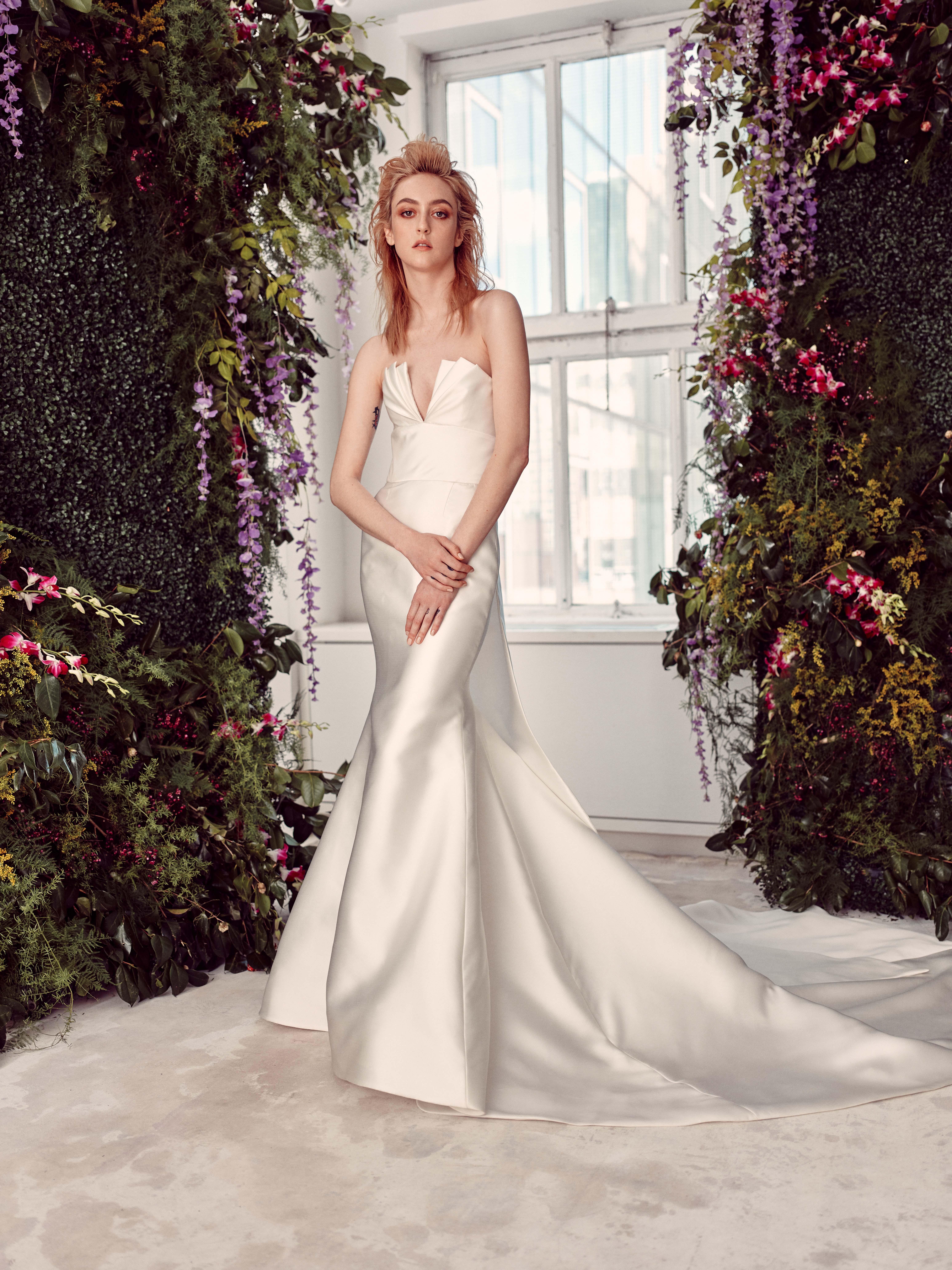 strapless v-neck train a-line wedding dress Rivini by Rita Vinieris Spring 2020