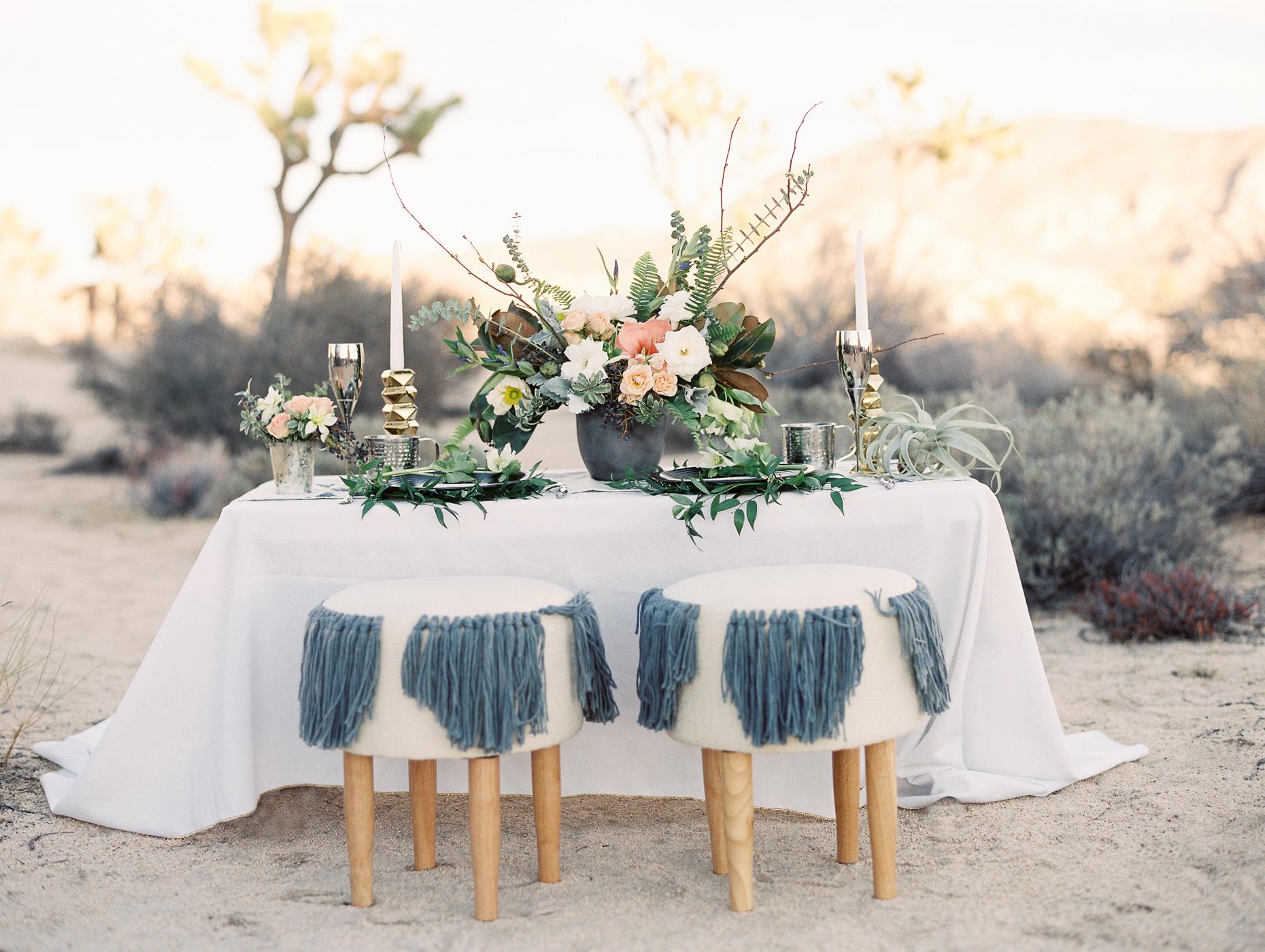 desert wedding inspired sweetheart table