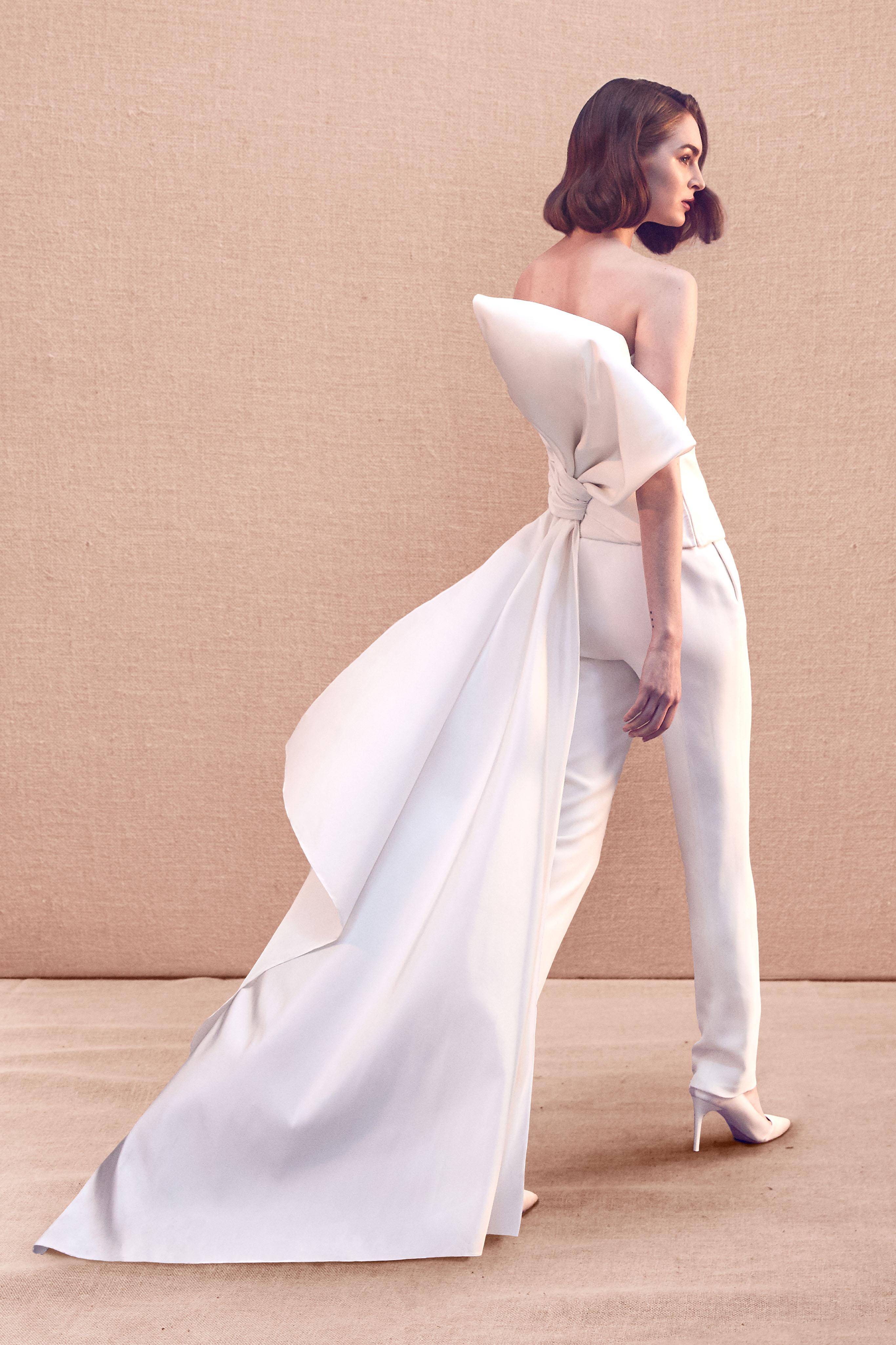 large bow train pants wedding suit Oscar de la Renta Spring 2020