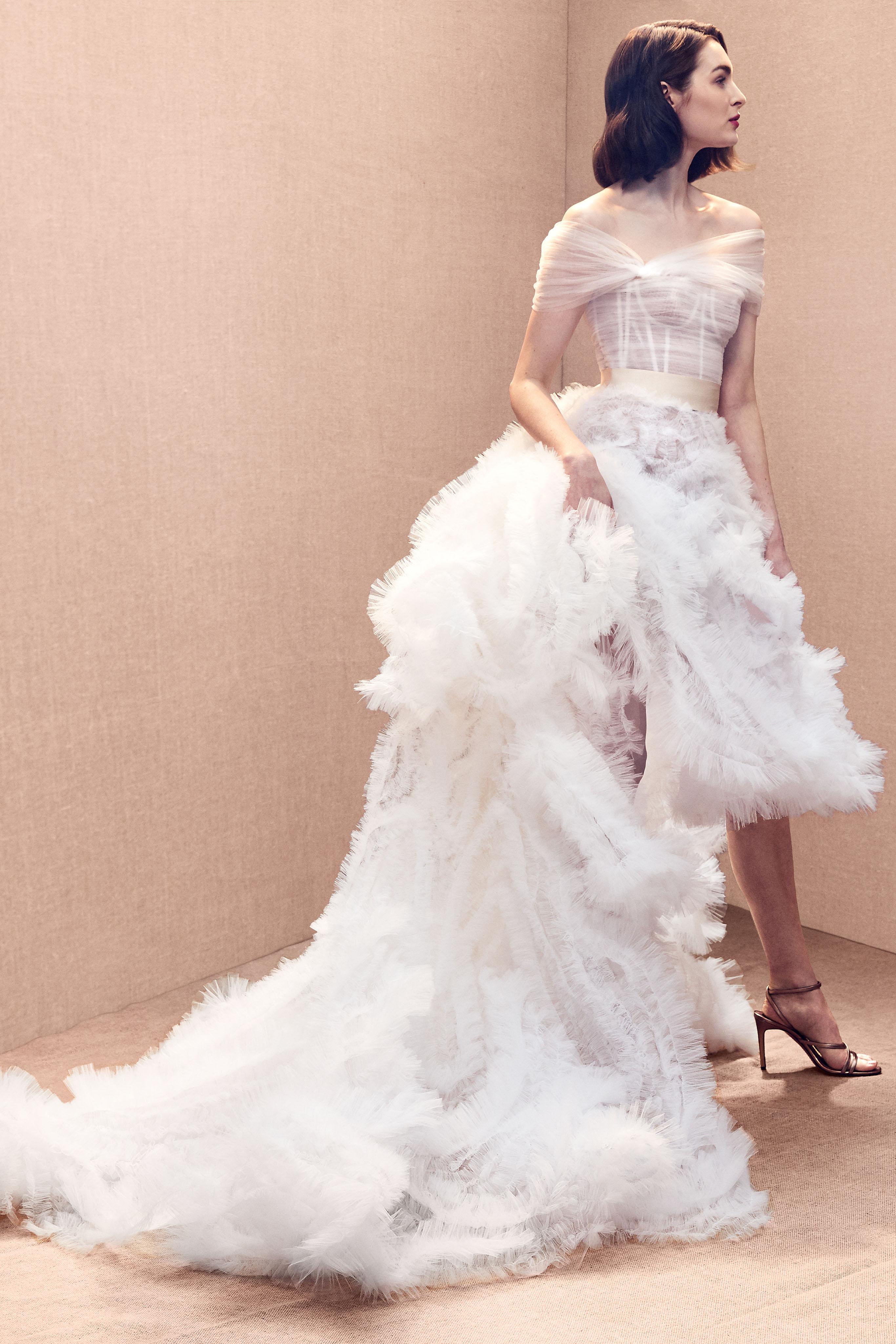 off-the-shoulder exposed boning ribbon belt tiered ruched tulle a-line wedding dress Oscar de la Renta Spring 2020
