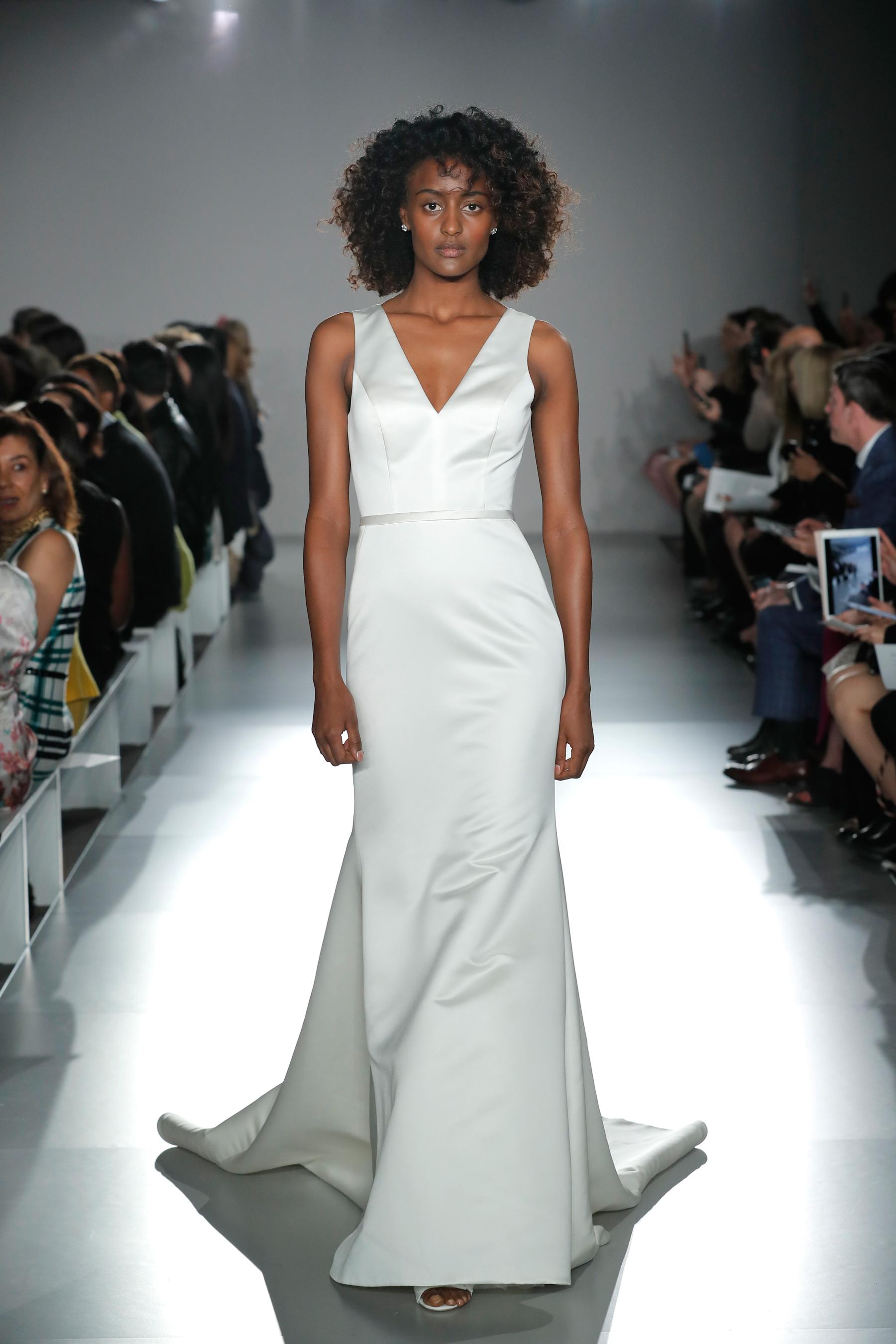 nouvelle amsale sleeveless v-neck sheath wedding dress with train spring 2020