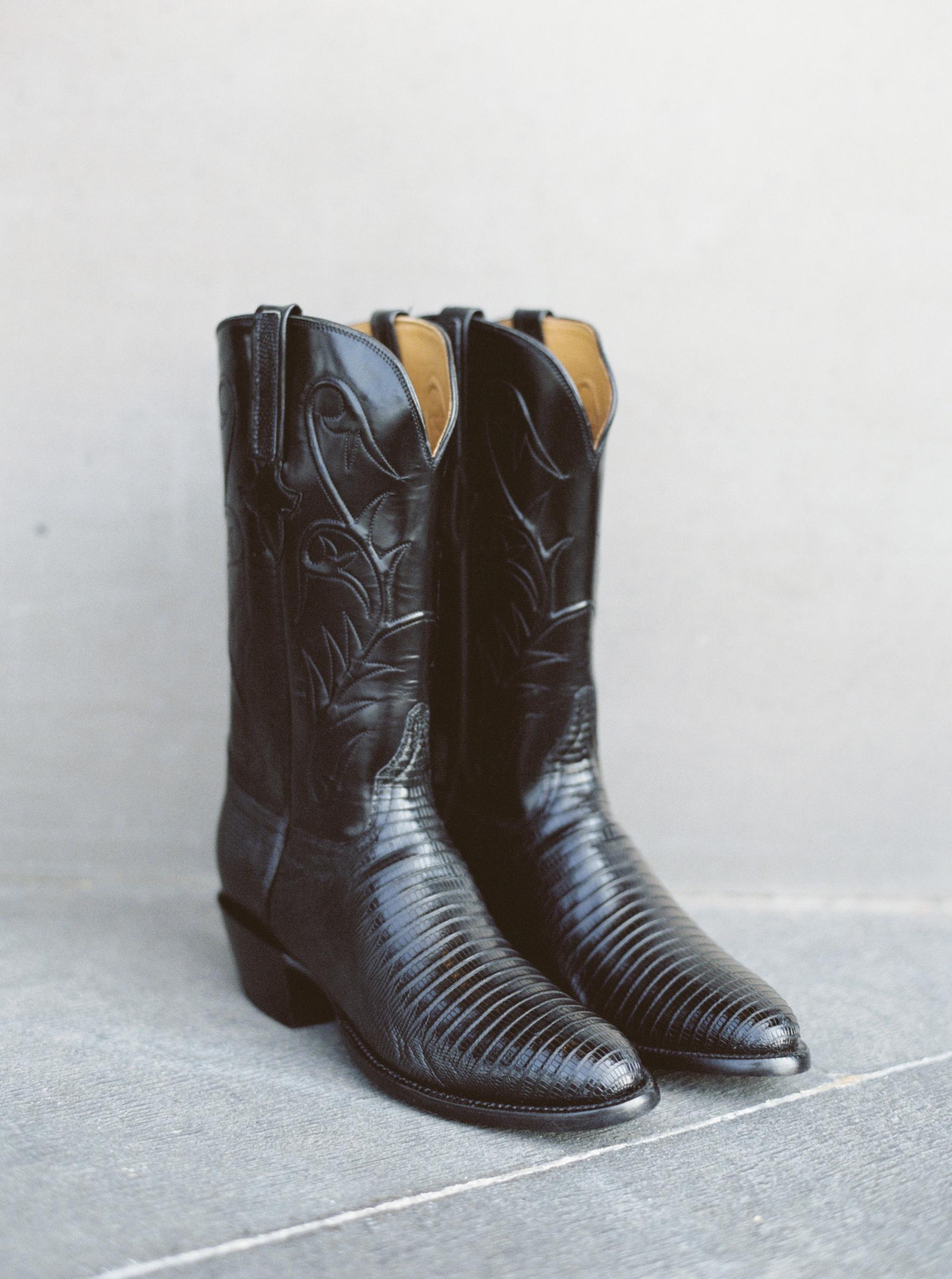 sleek black western cowboy boots