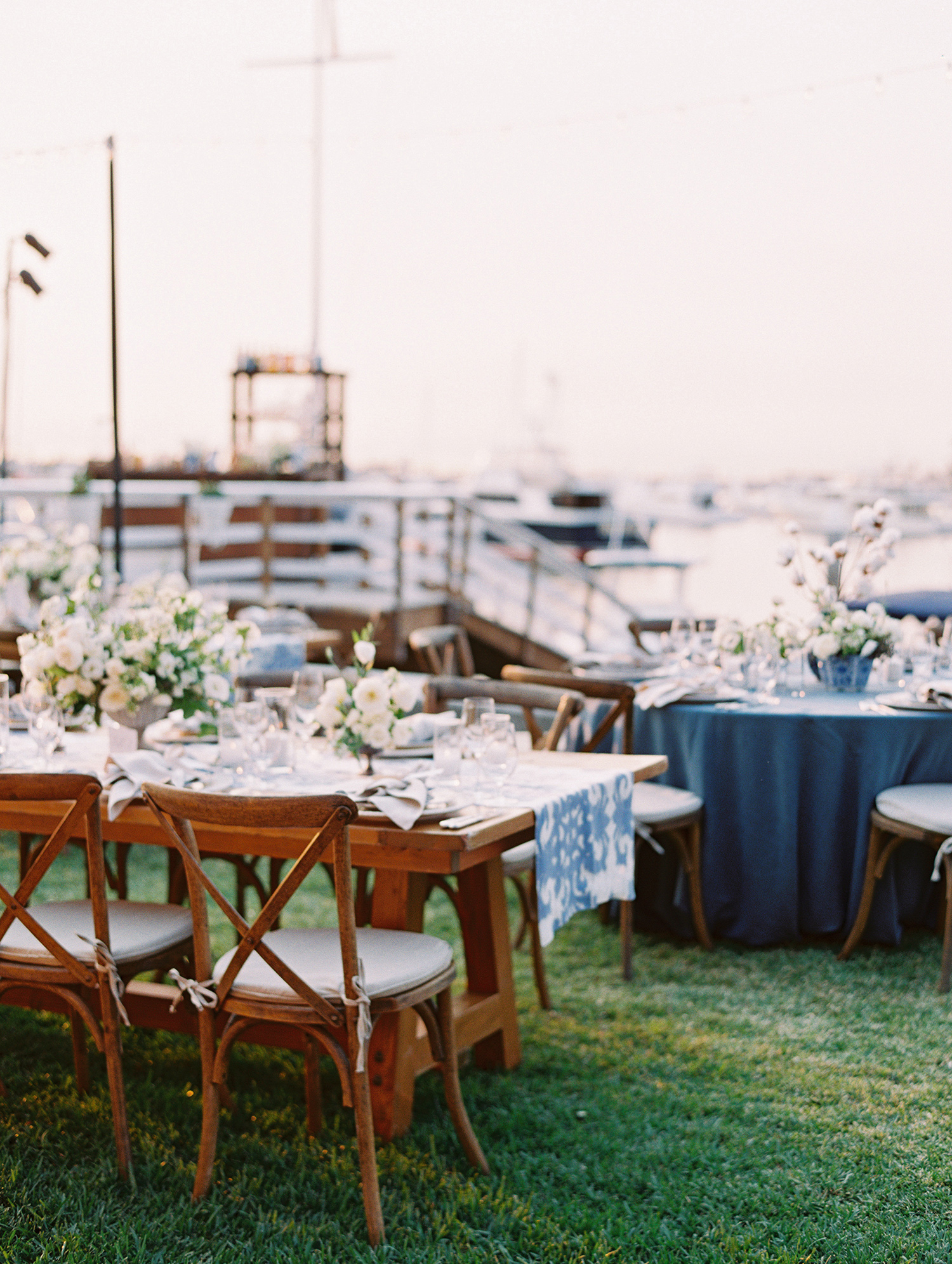 elizabeth scott wedding reception setting