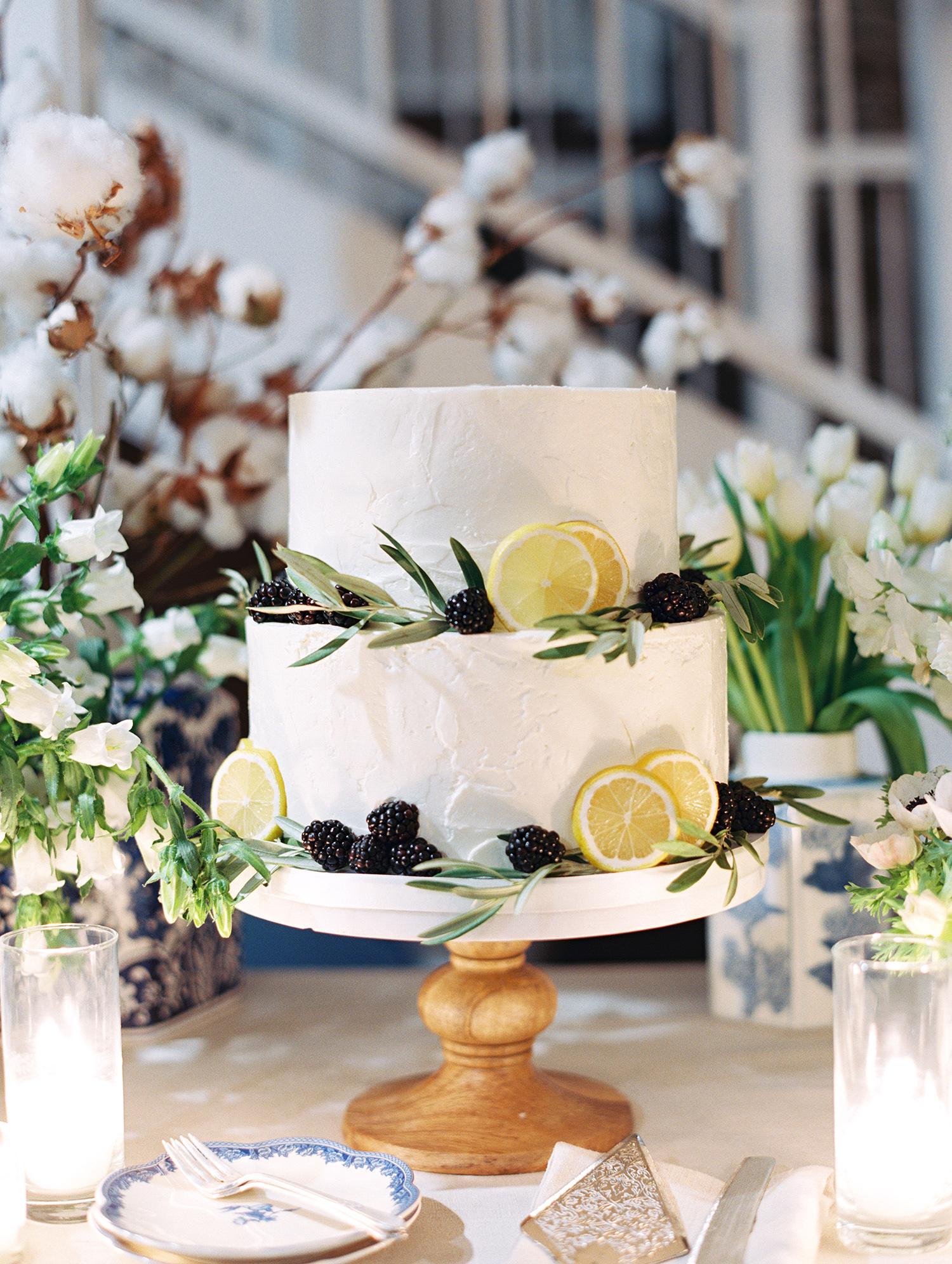 elizabeth scott wedding cake