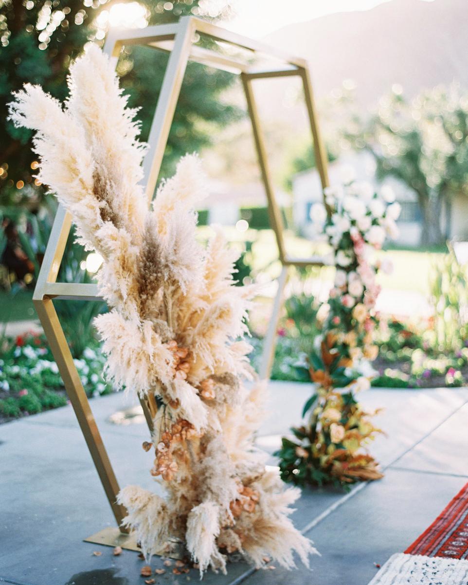 pampas grass ideas piece for altar