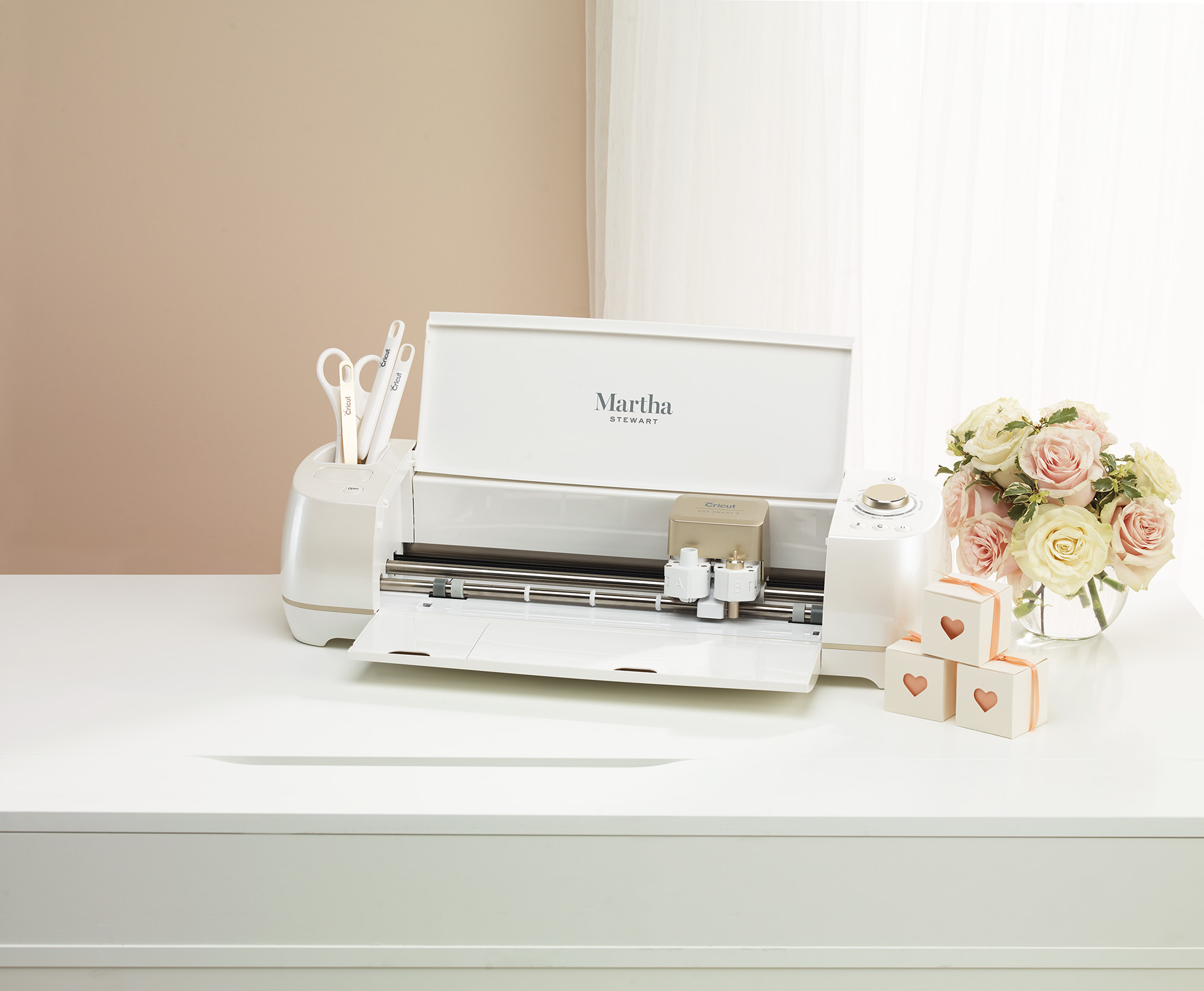 Martha Stewart's Latest Product Launch Just Made DIYing Your Wedding So Much Easier