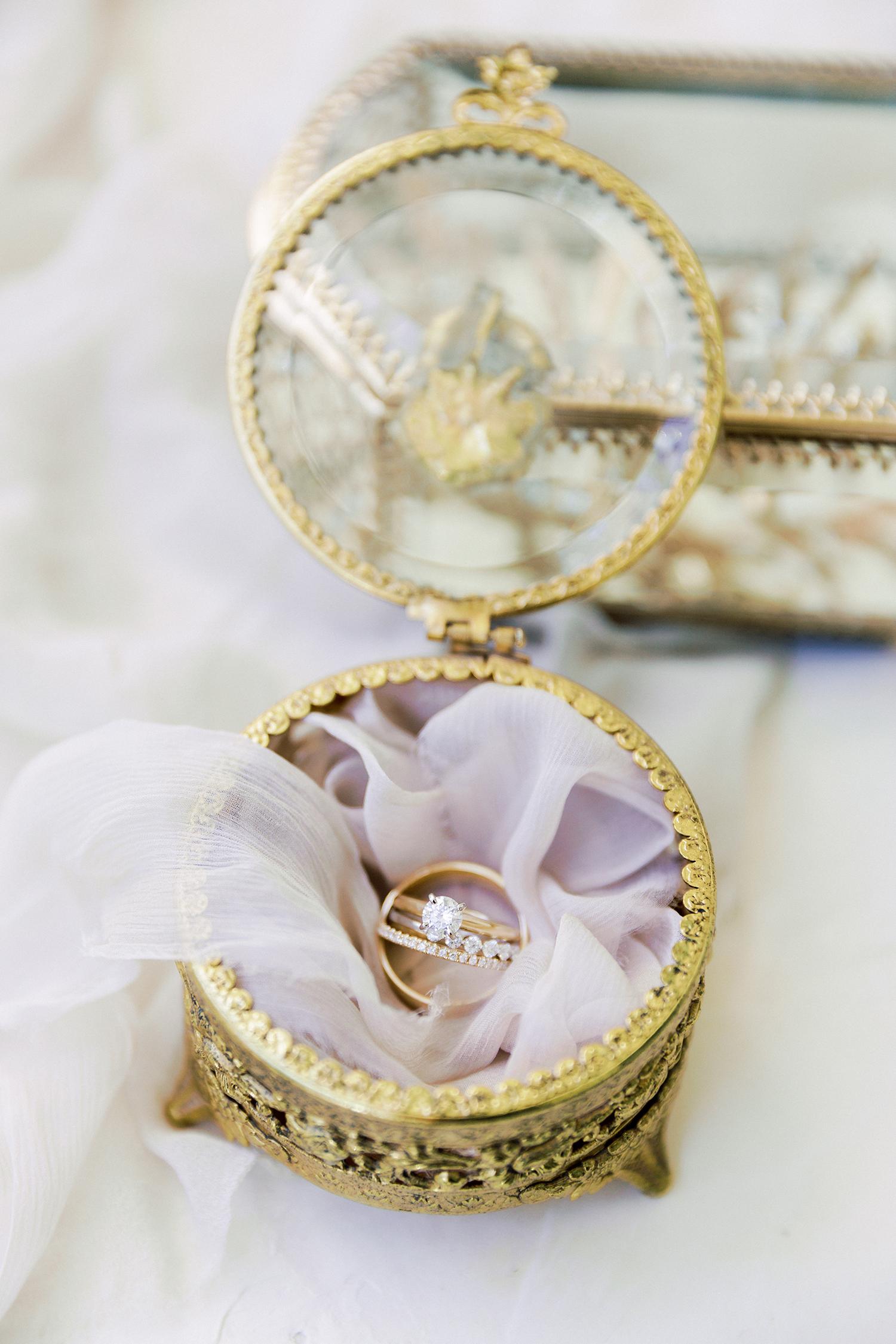 erika evan wedding rings