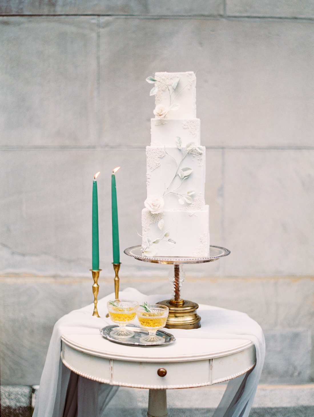 Trending Now: Bas-Relief Wedding Cakes