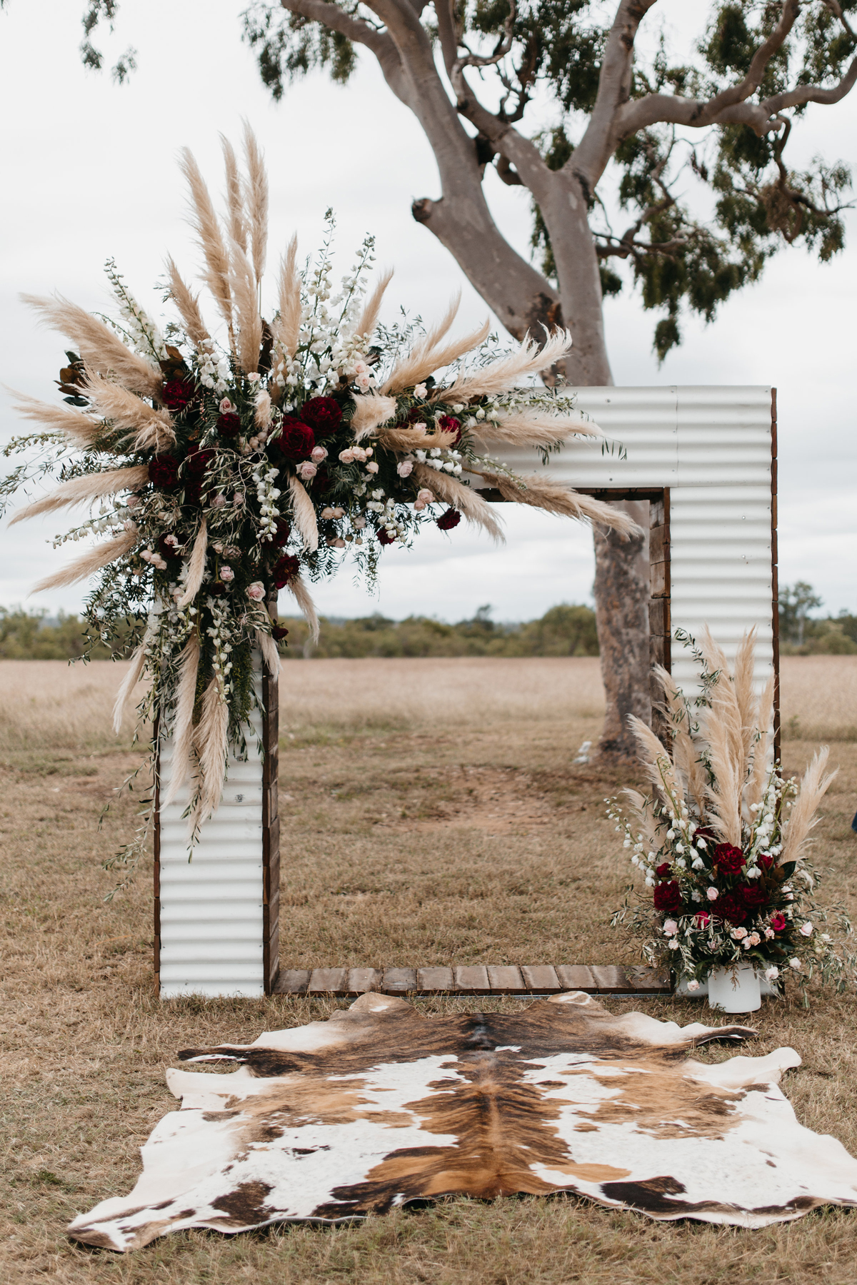animal print wedding ideas hide decorating altar