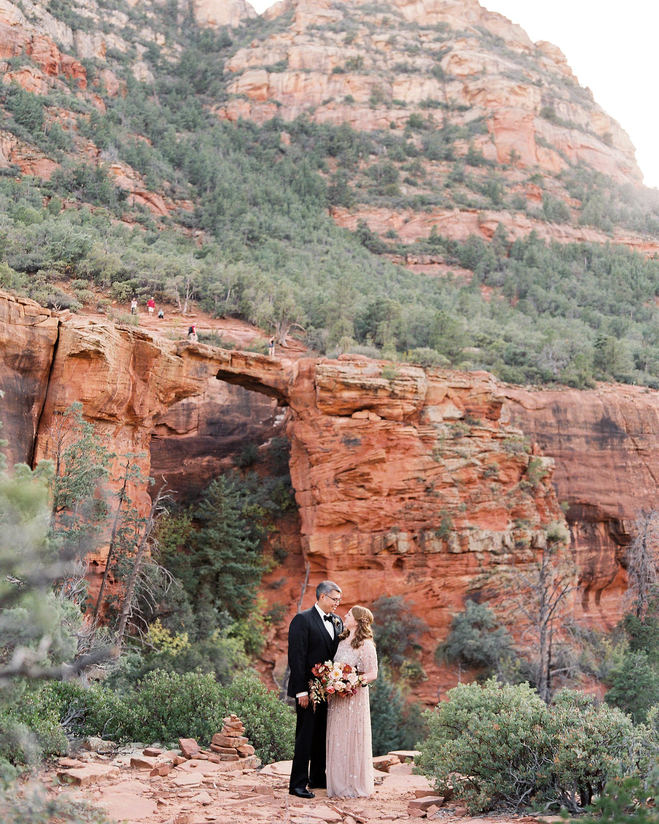 stefanie terrel wedding couple red rocks