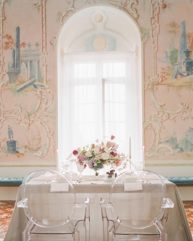 art-inspired wedding ideas fresco-inspired wall art