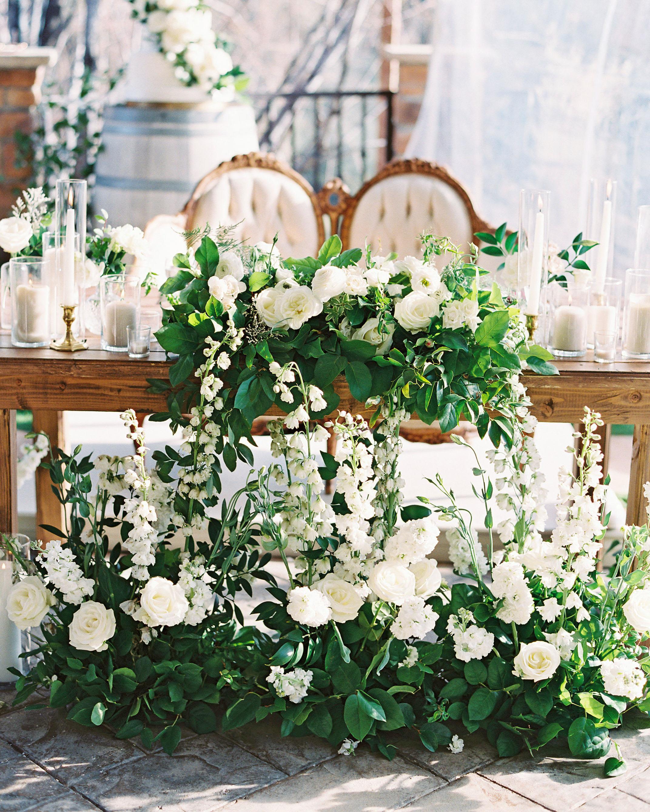 susie joe wedding sweetheart table