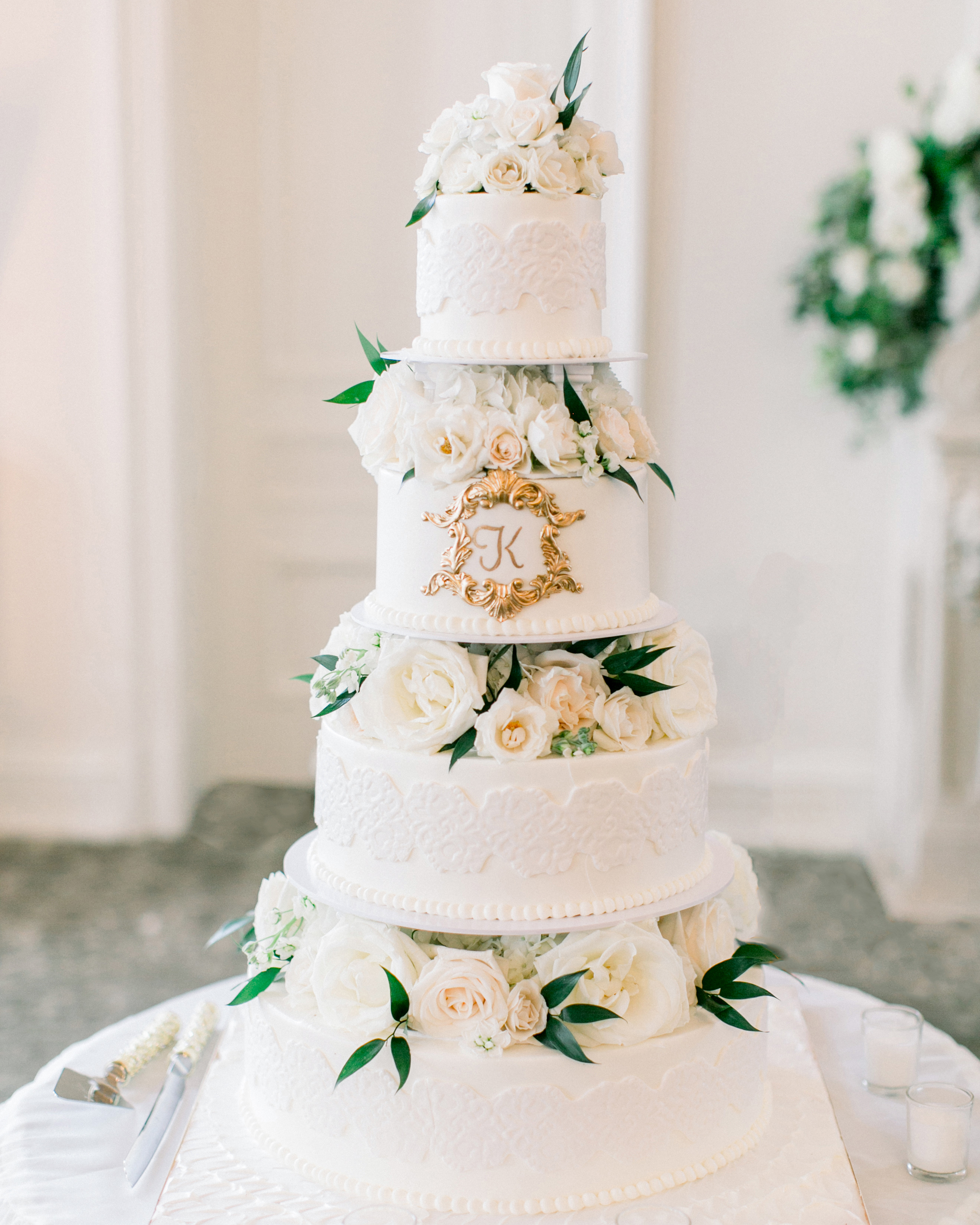 glamorous wedding ideas flora filled tiered cake