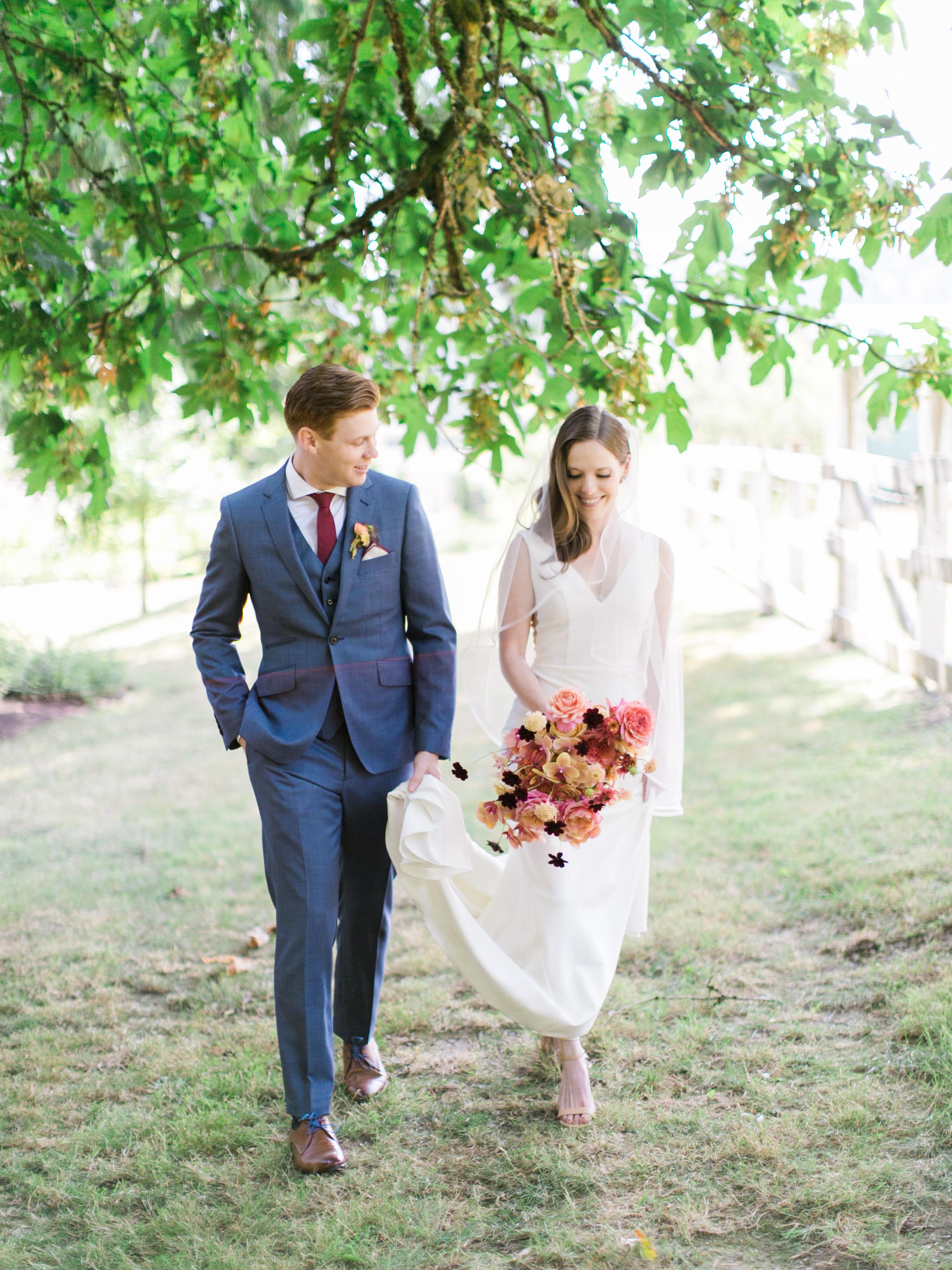 A Flower-Focused Washington Wedding at an Artisan Winery