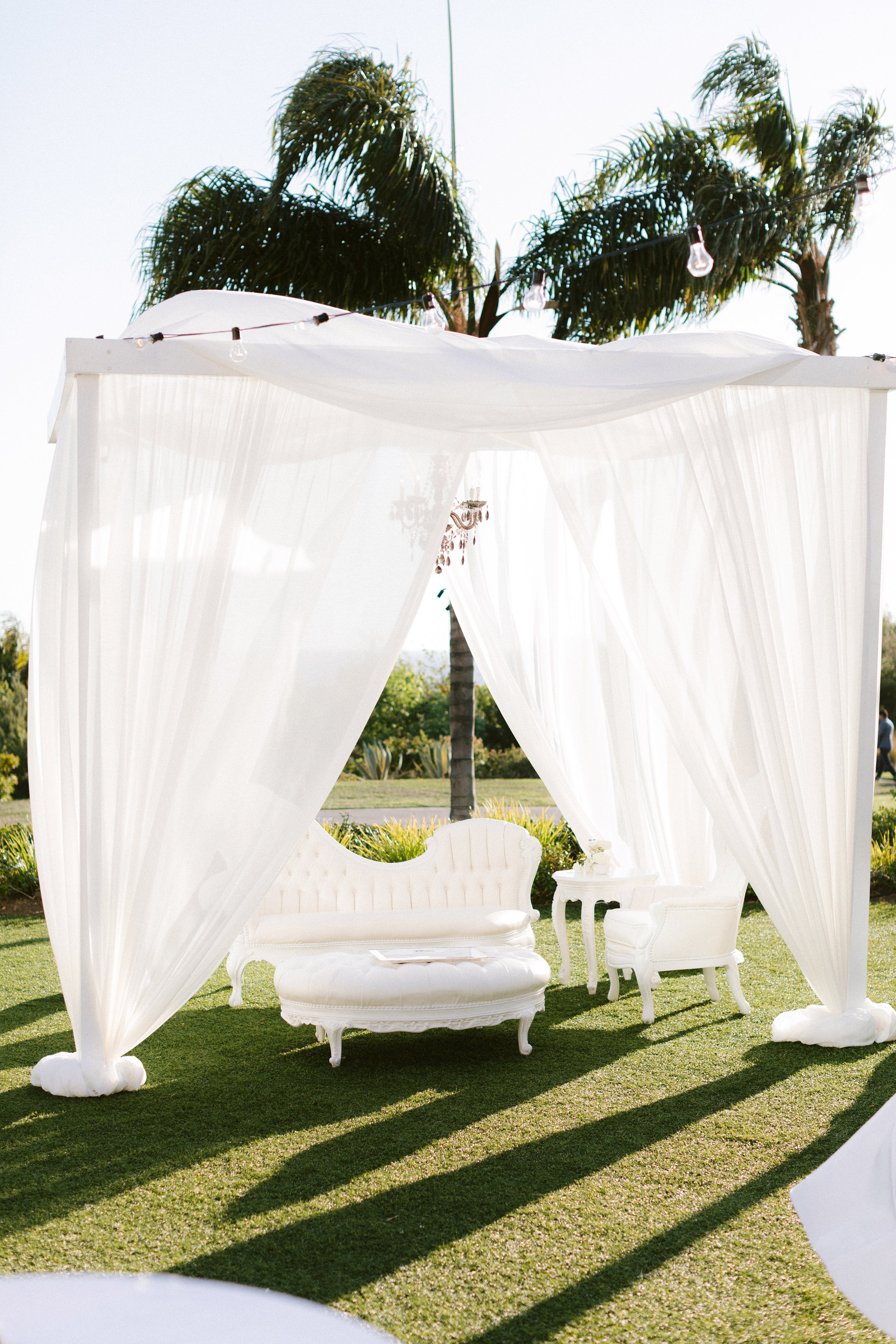 henery michael wedding ceremony cocktail hour seating