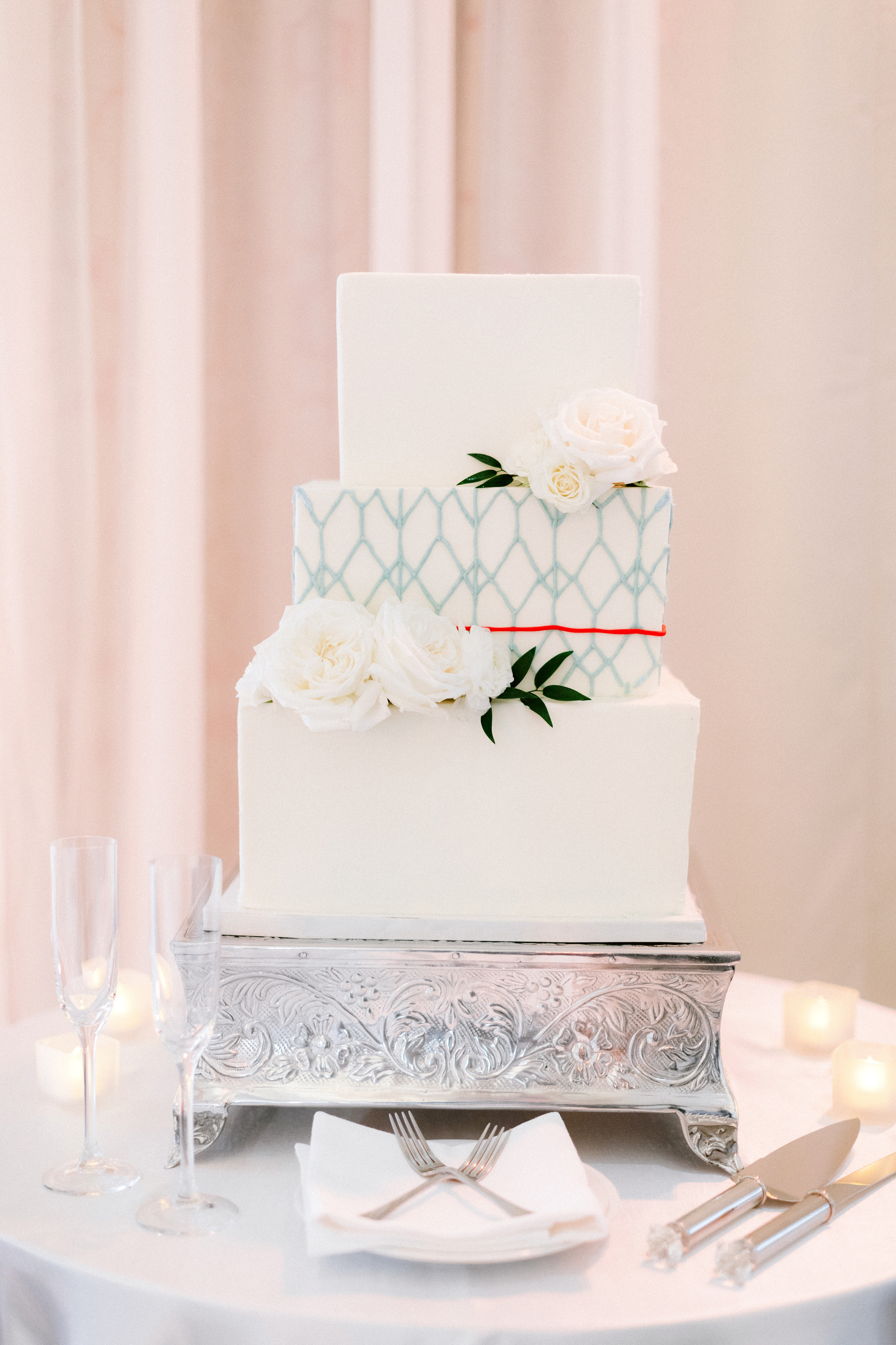 henery michael wedding tiered cake