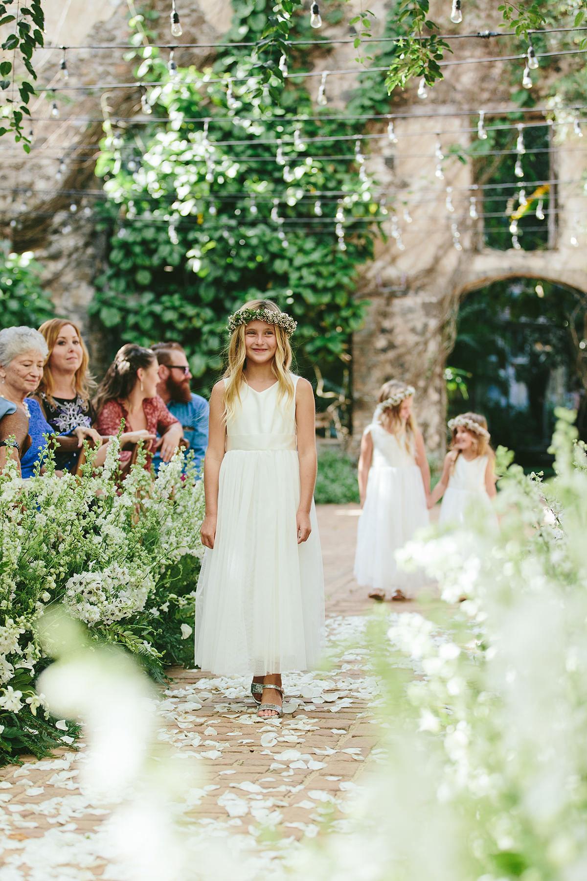 sarah daniel wedding flower girls