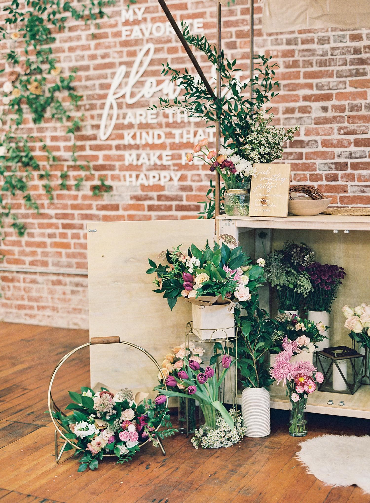brooke dalton wedding flowers in baskets
