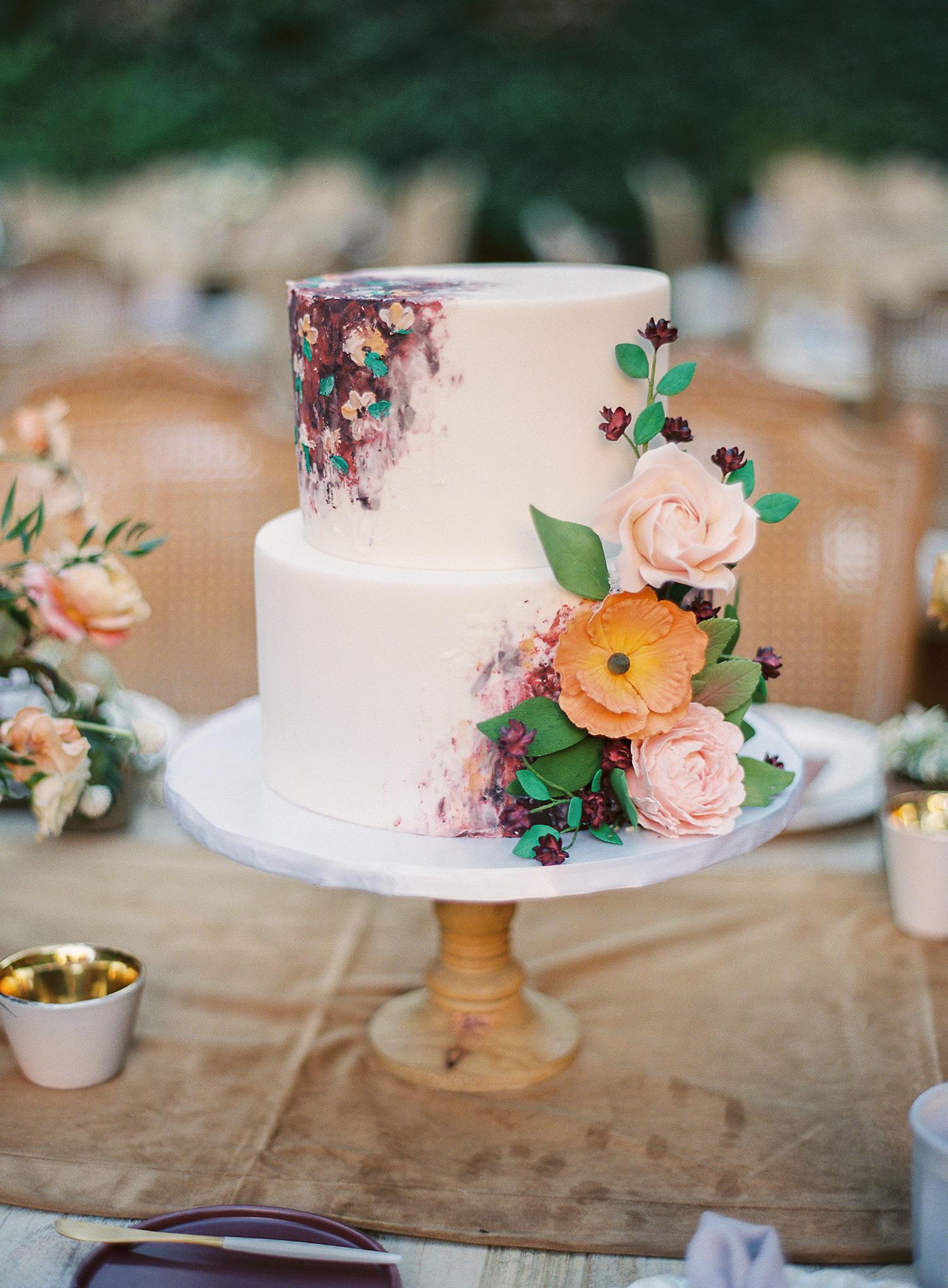 brooke dalton wedding artsy cake