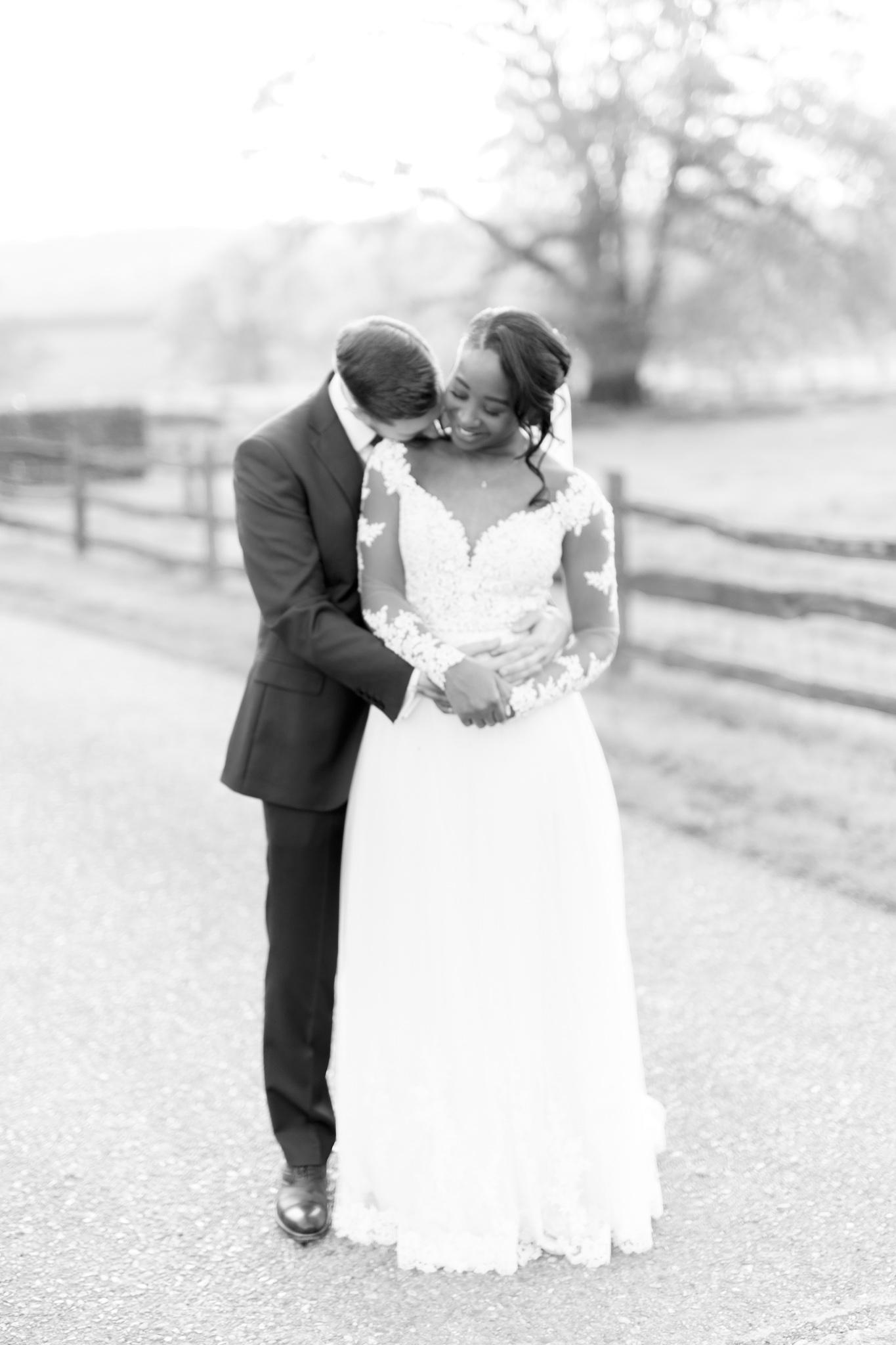 ryan thomas wedding portrait of couple hugging