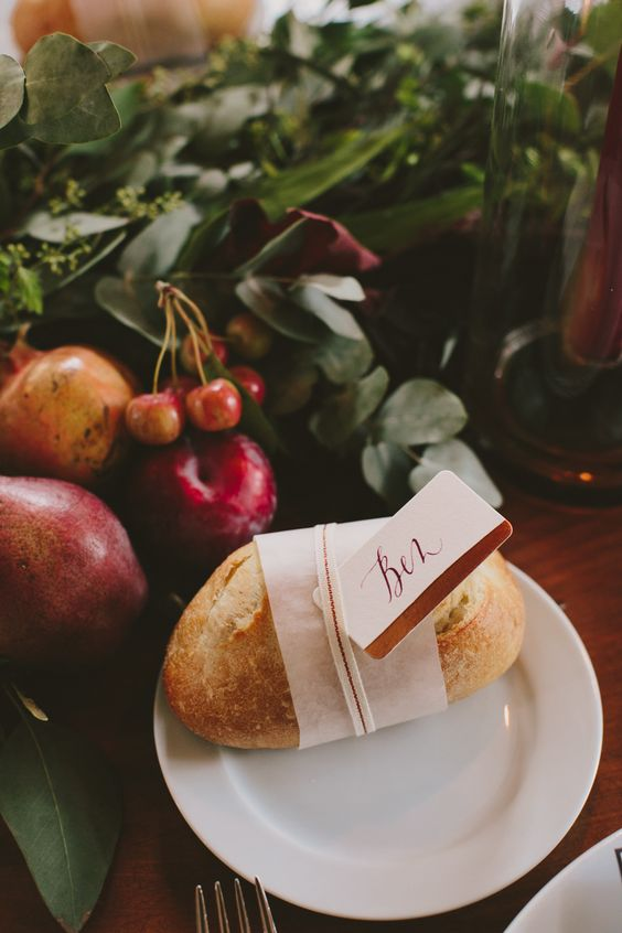 bread place cards