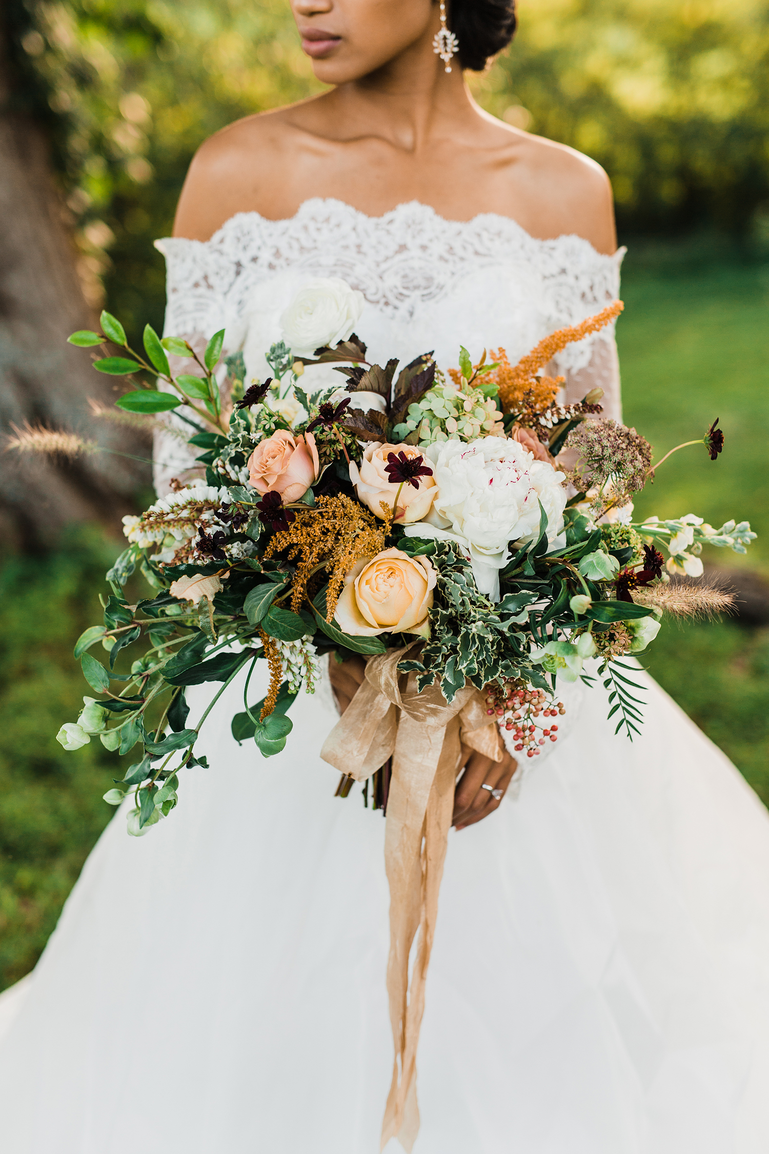autumnal white, orange, and green bouquet