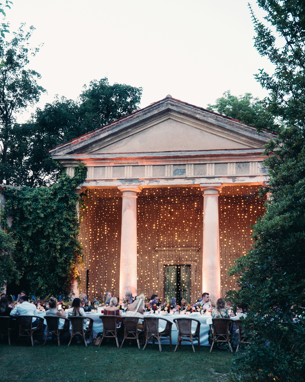 Dazzling Ways to Use Twinkle Lights Throughout Your Wedding