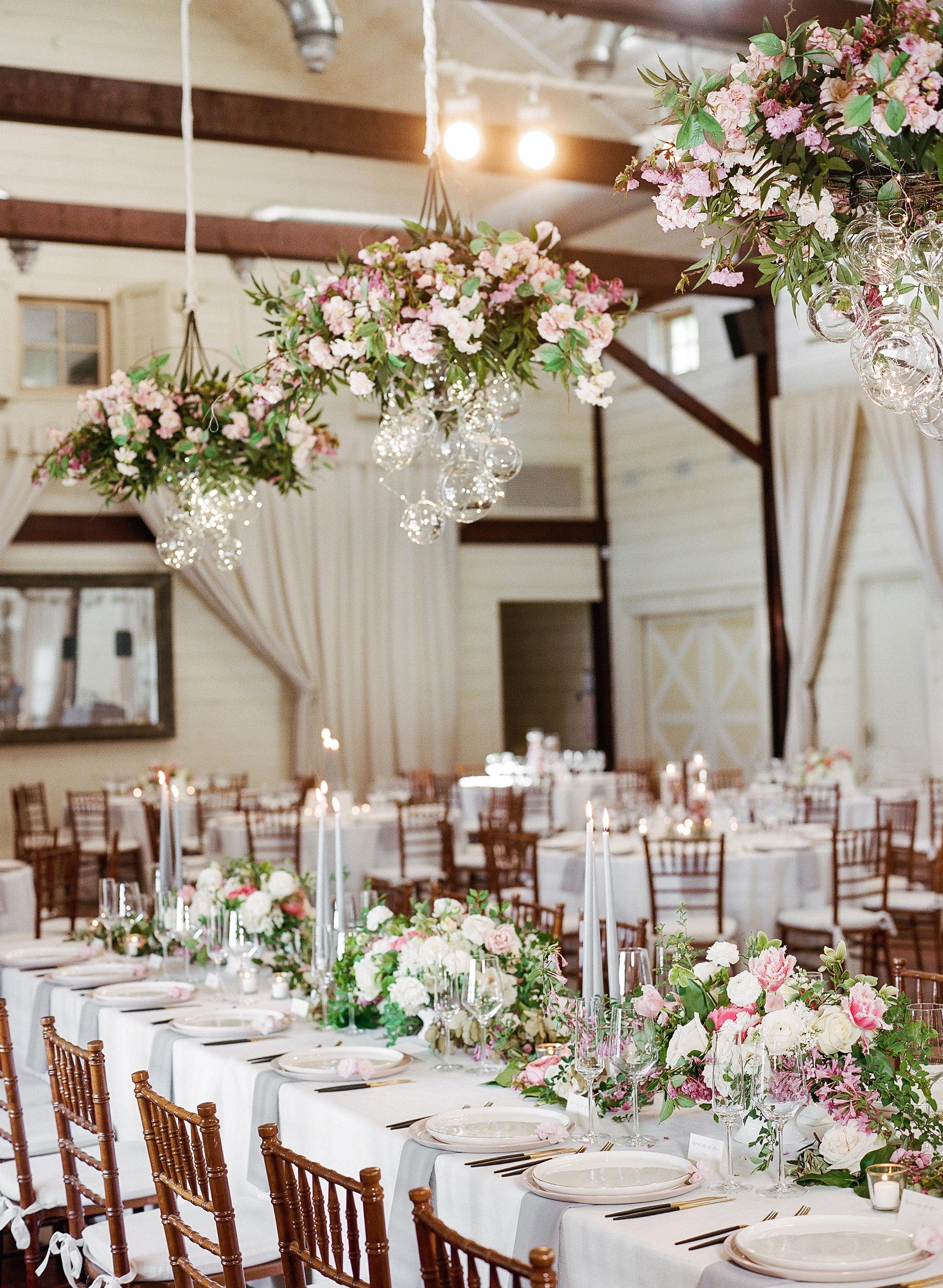 mechelle julia wedding reception tables and centerpieces