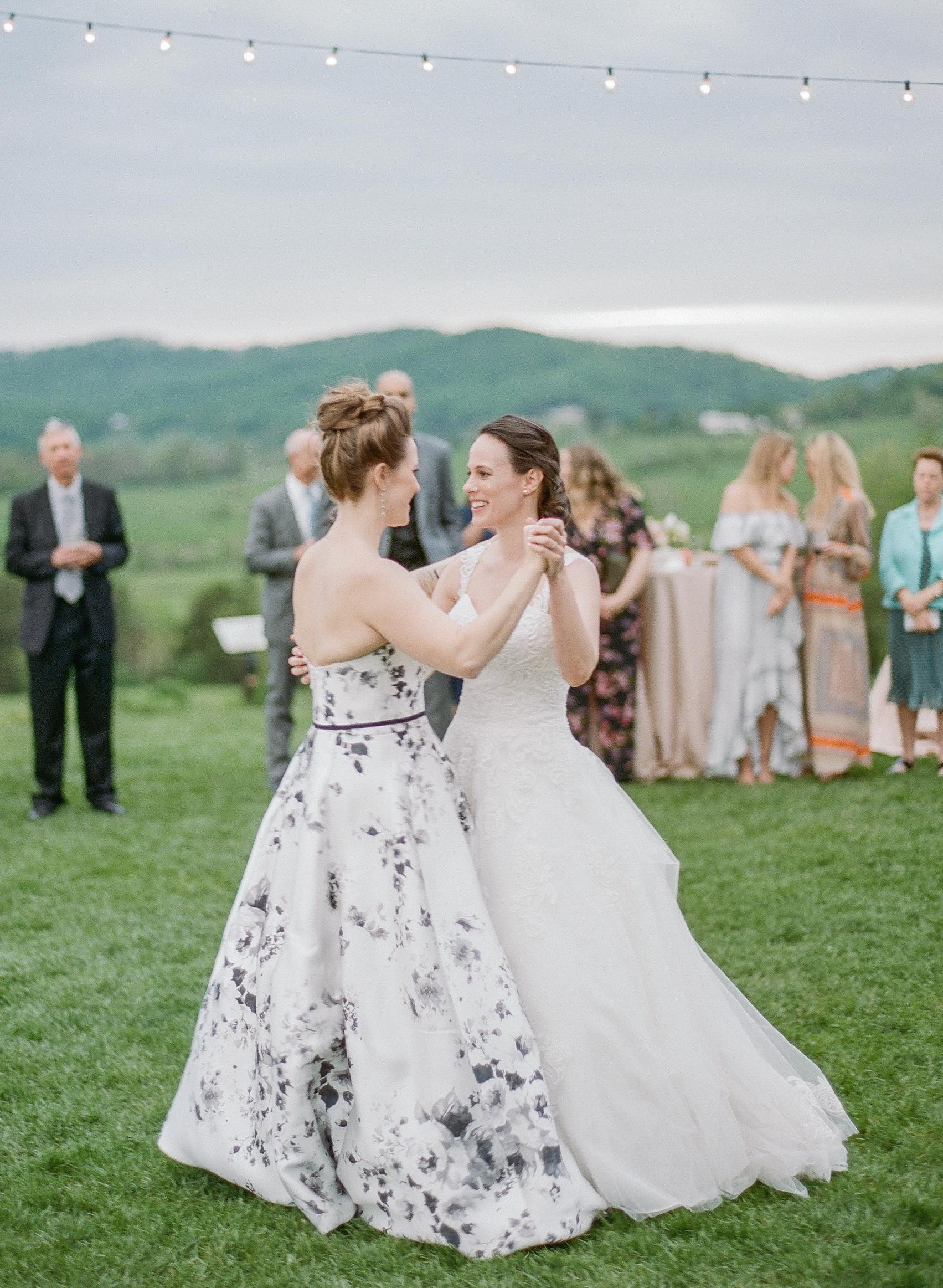 mechelle julia wedding brides couple first dance