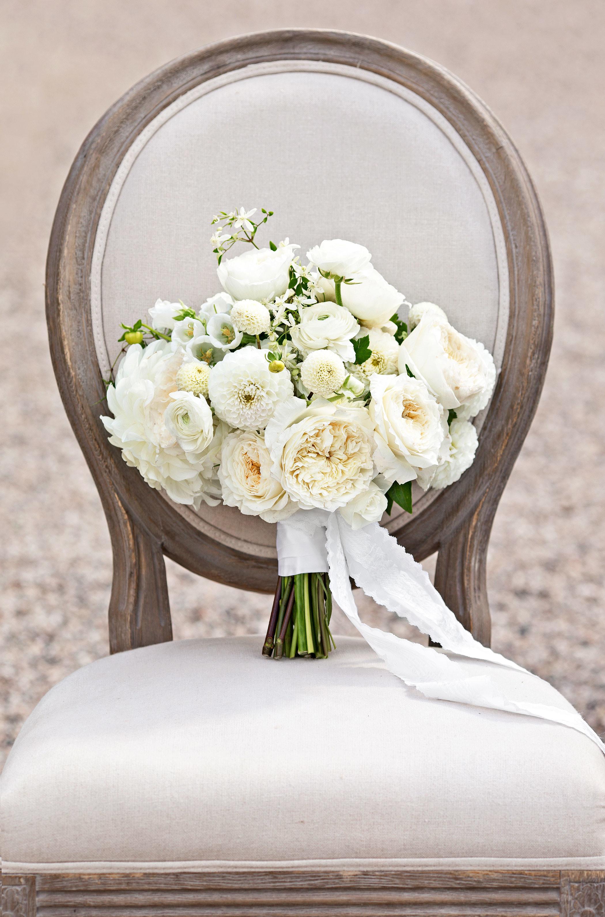 30 Monochromatic Wedding Bouquets   Martha Stewart Weddings