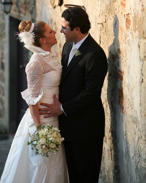 Real Weddings In Tuscany: A Formal Outdoor Destination Wedding In Tuscany, Italy