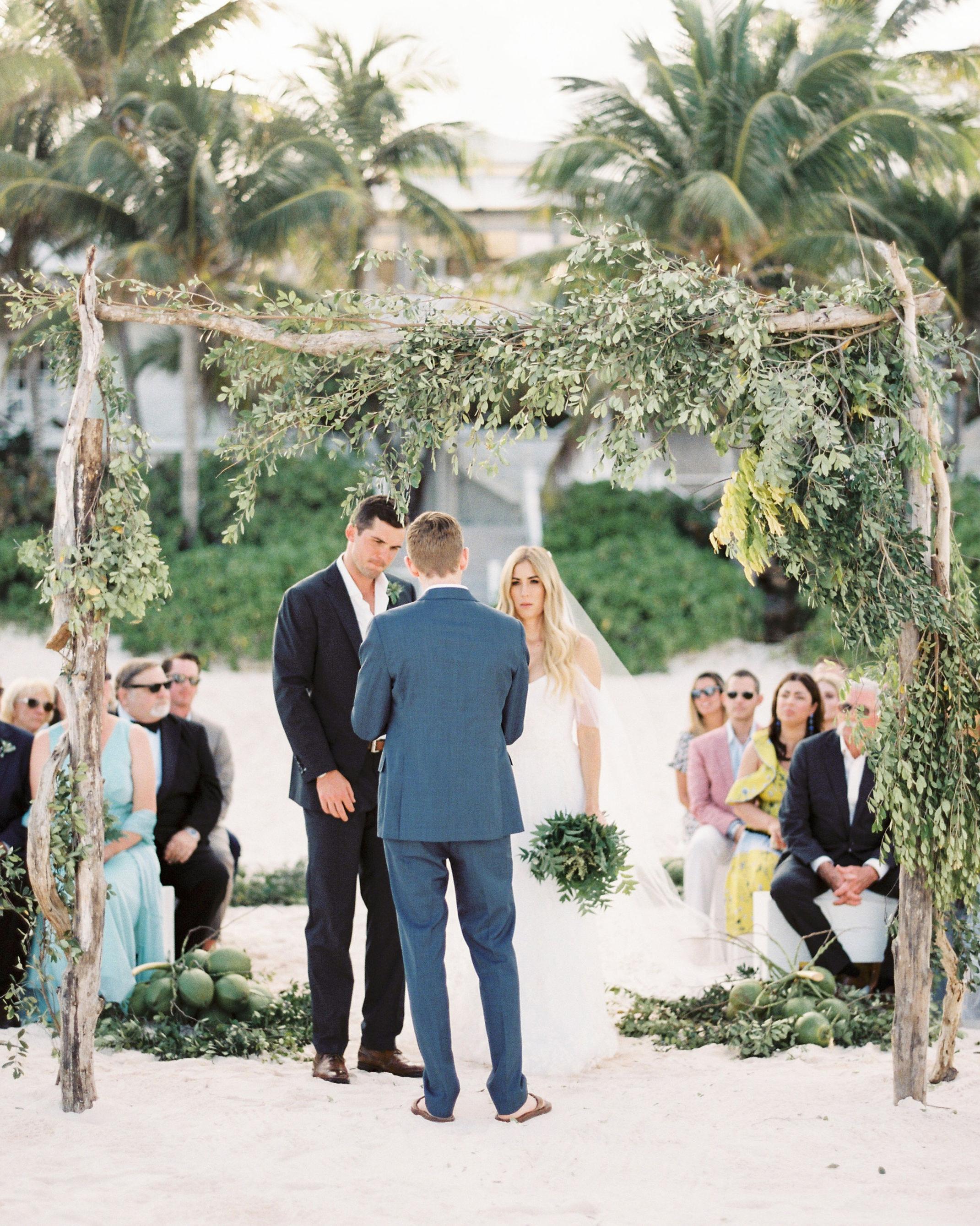 Elizabeth and Chuck saying wedding vows