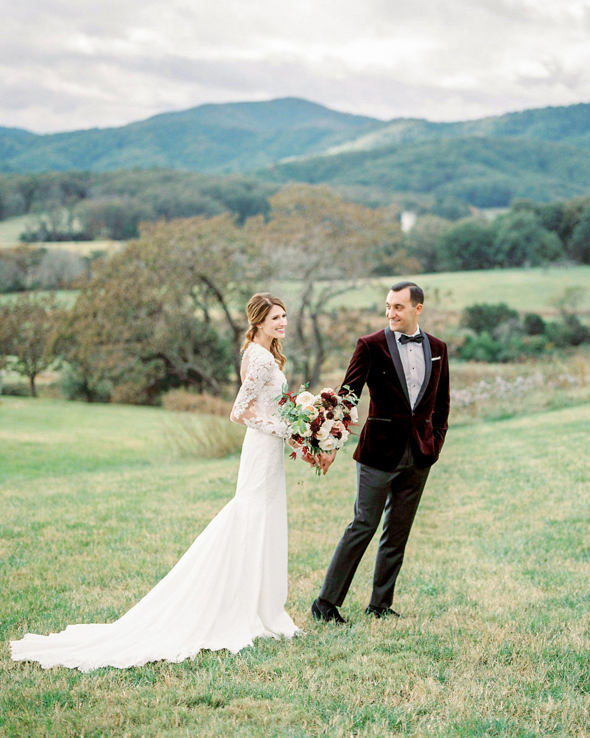 A Wedding in Charlottesville, Virginia, with a Quintessentially-Fall Color Palette