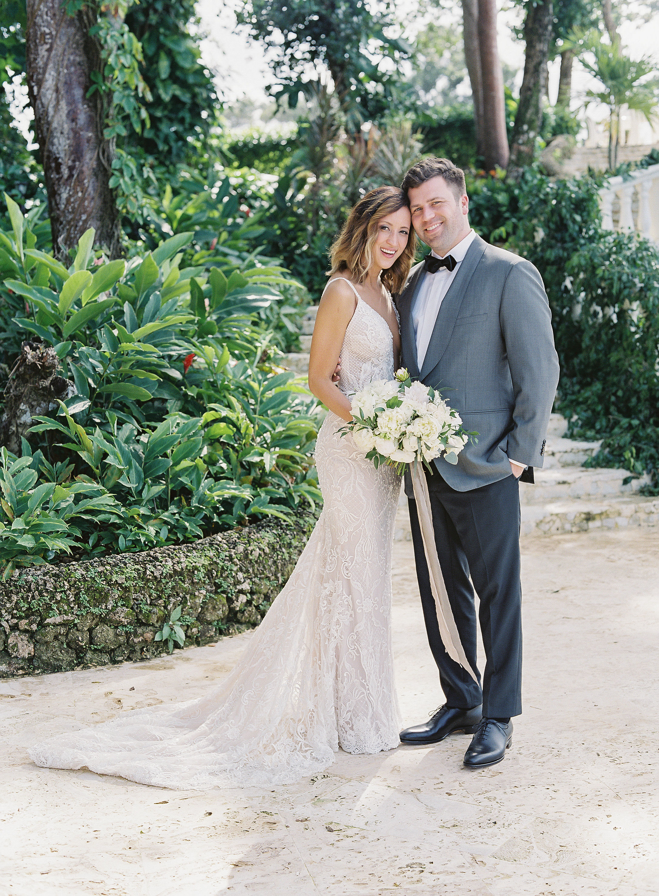 This Lush Outdoor Wedding in Playa Grande Was Lit Entirely by Candlelight