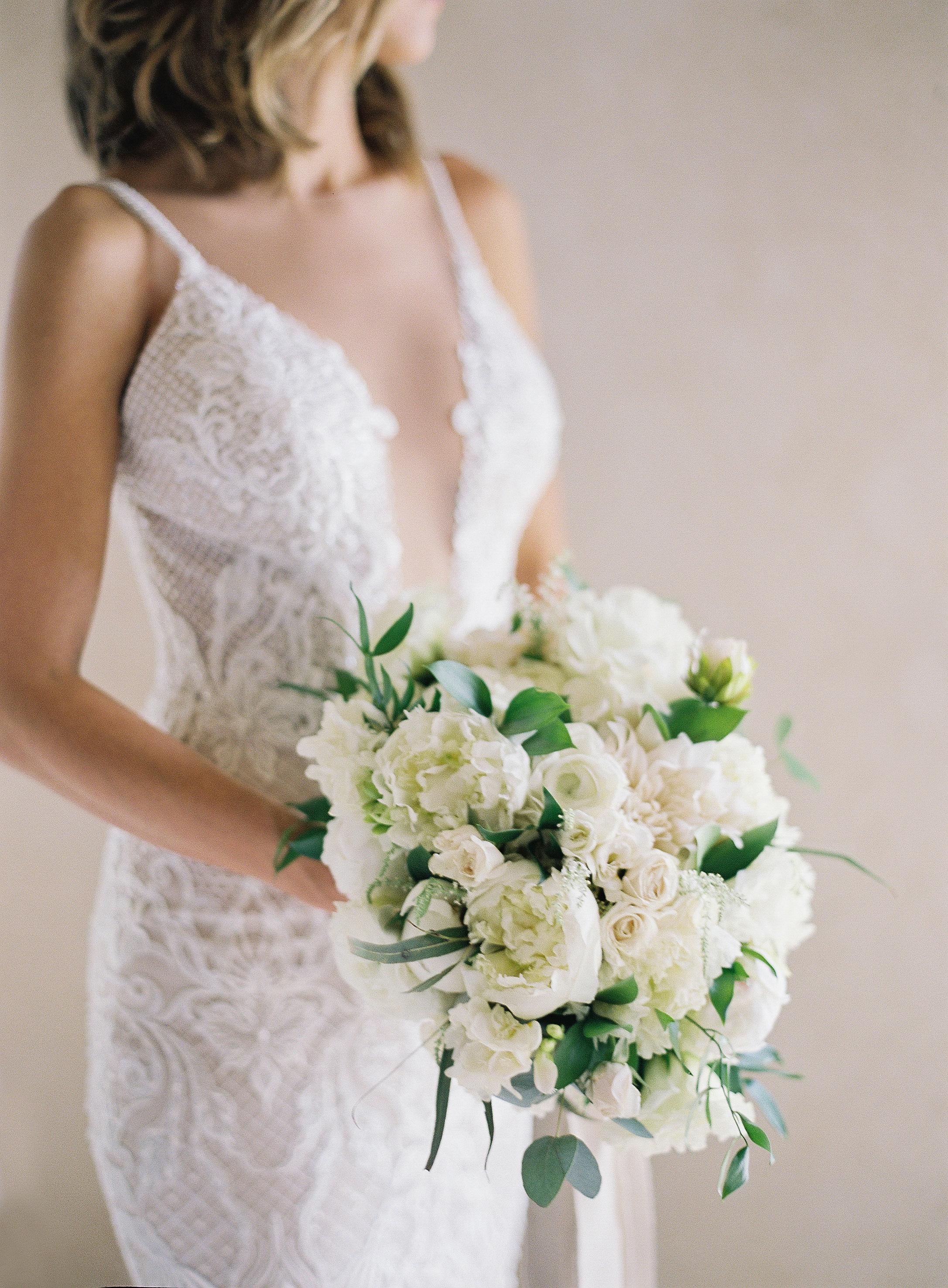 jessica ryan bride wedding bouquet white